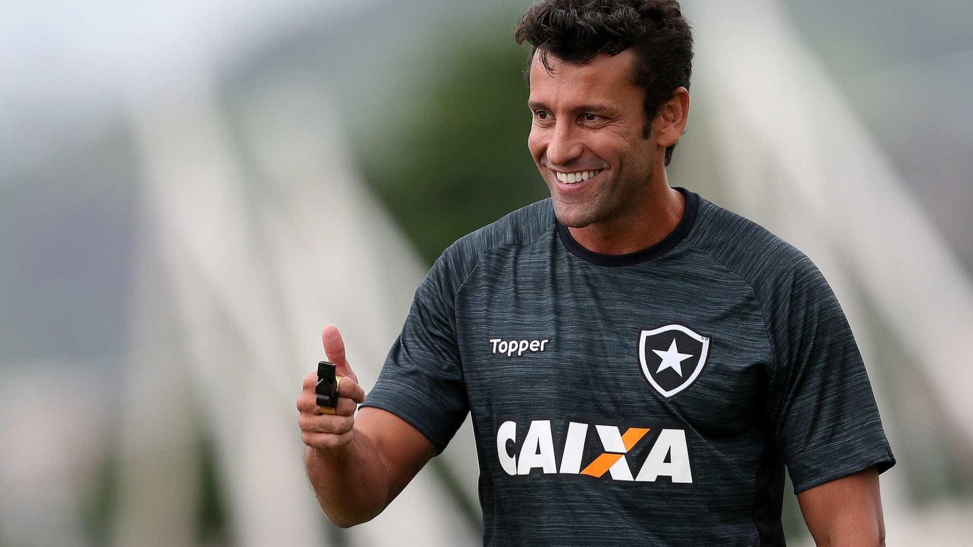 Vasco deve anunciar Alberto Valentim como novo técnico do clube