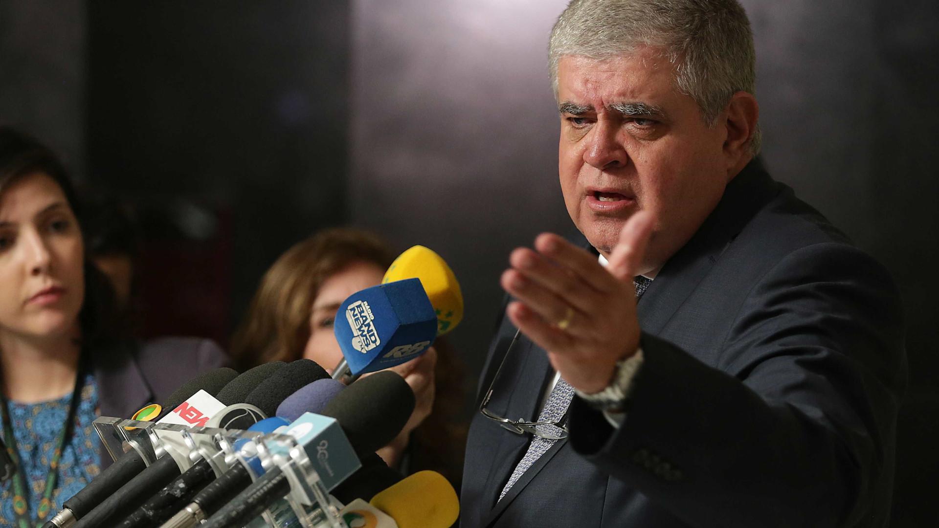 Marun diz que aliados terão de entregar cargos se apoiarem Ciro