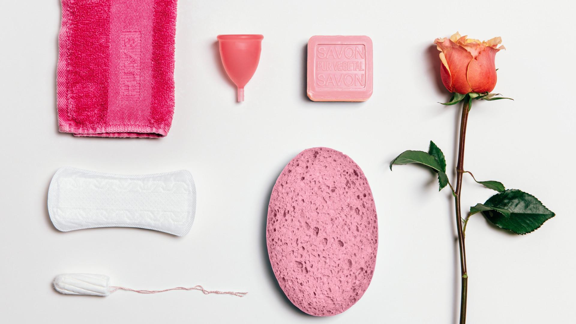 4 sinais que indicam a chegada da primeira menstruação