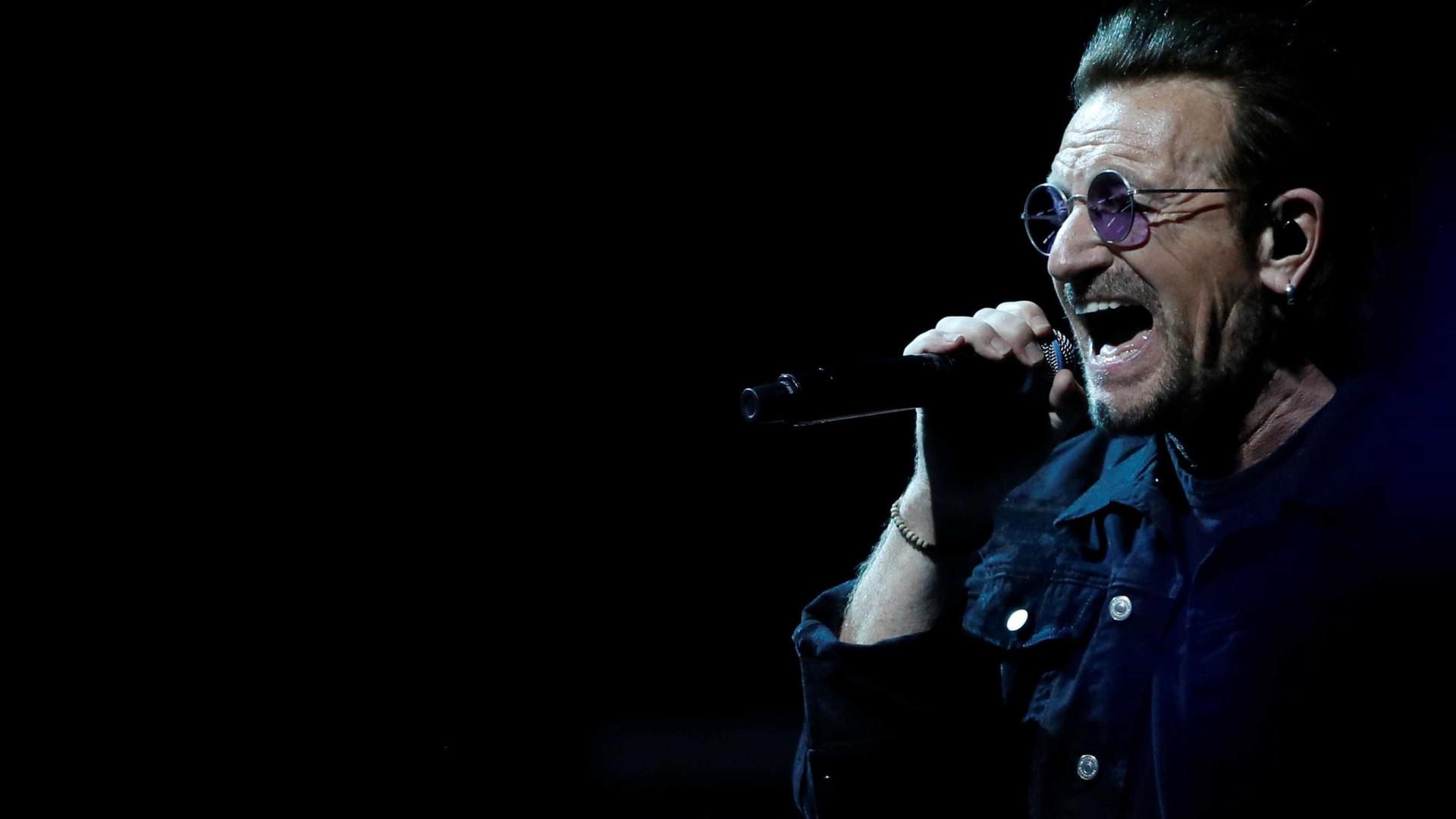 Bono cancela show do U2 em Berlim após 'perda total de voz'