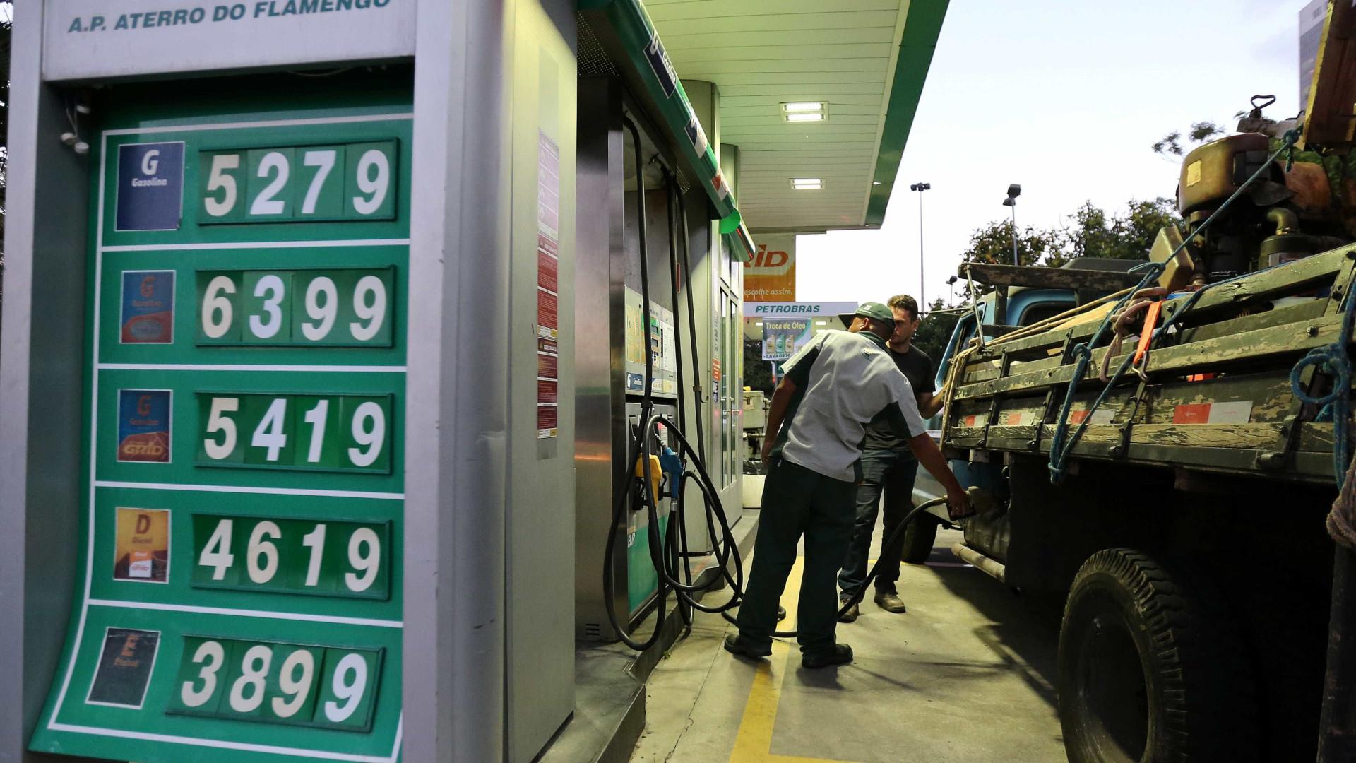 Alta do dólar pressiona preço do diesel