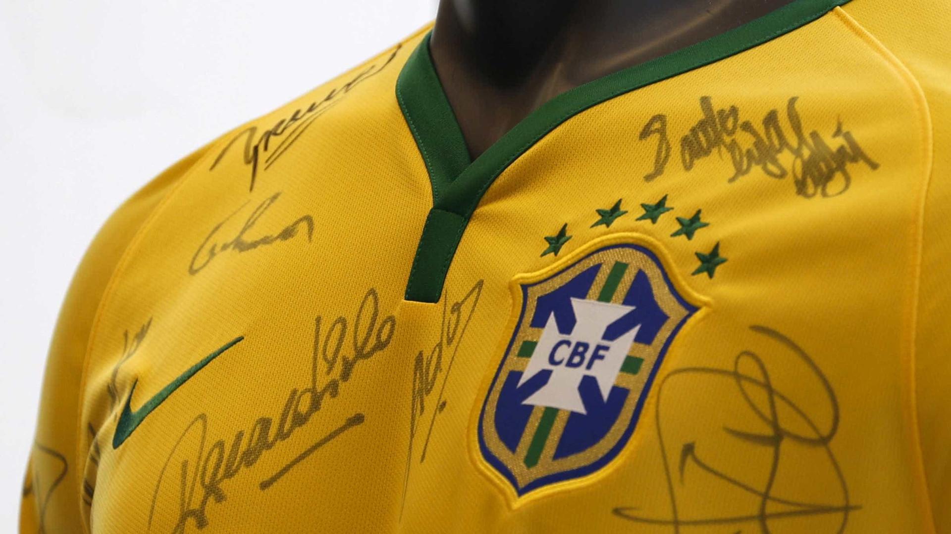 CBF vai mudar o escudo da seleção brasileira