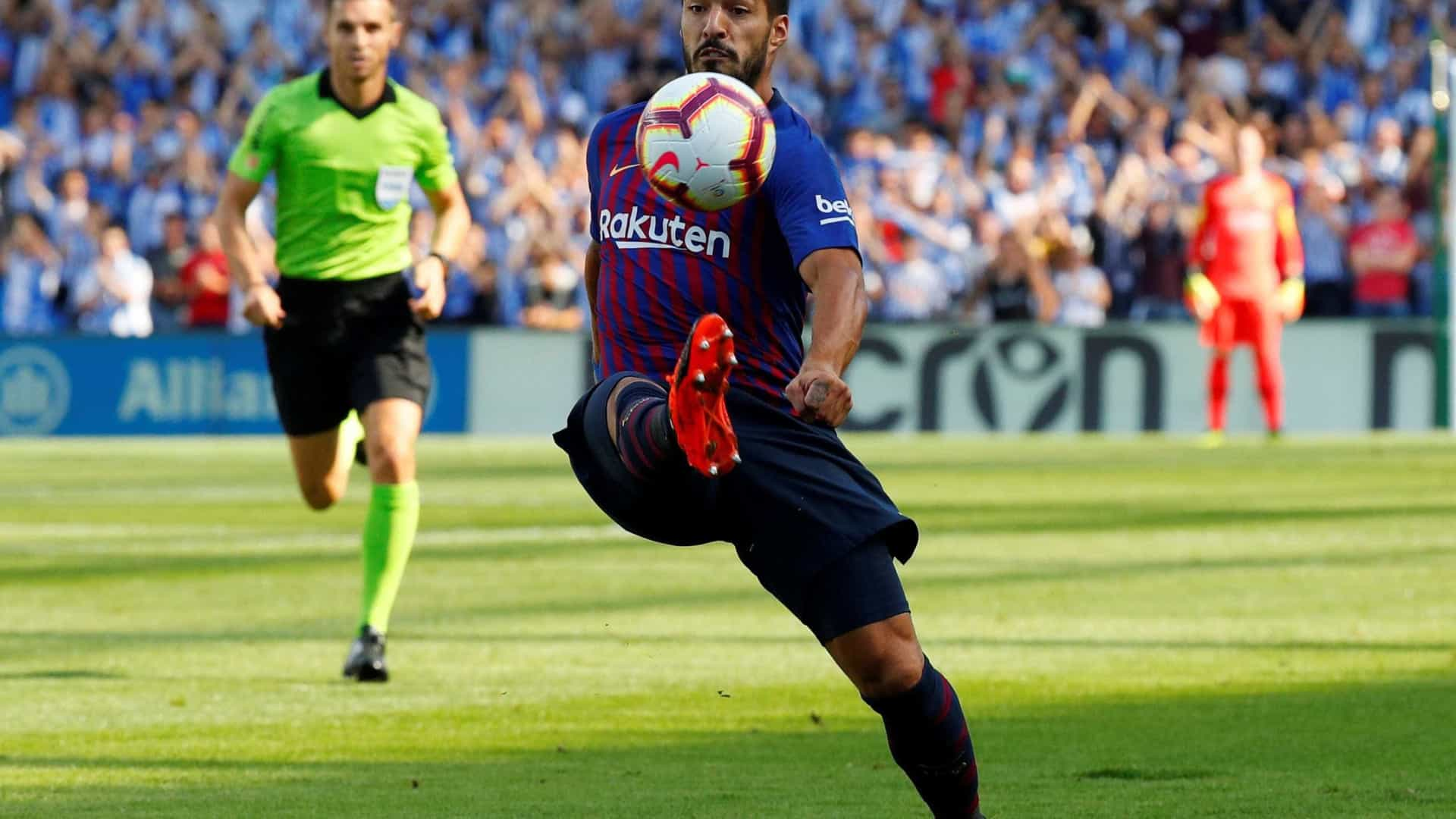 Barcelona bate Real Sociedad de virada e segue 100% no Espanhol