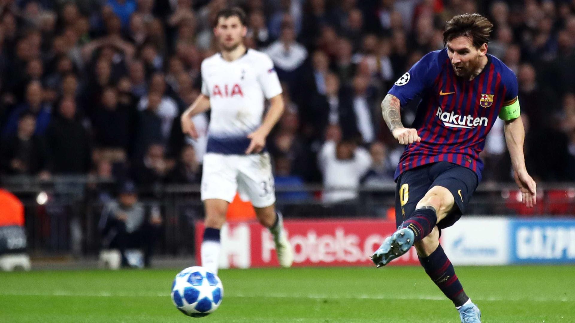 Com gols de Messi e Coutinho, Barça vence o Tottenham em Wembley