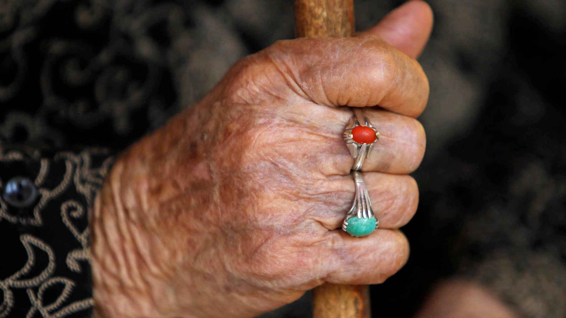 Uma das últimas benzedeiras de Florianópolis morre aos 104 anos