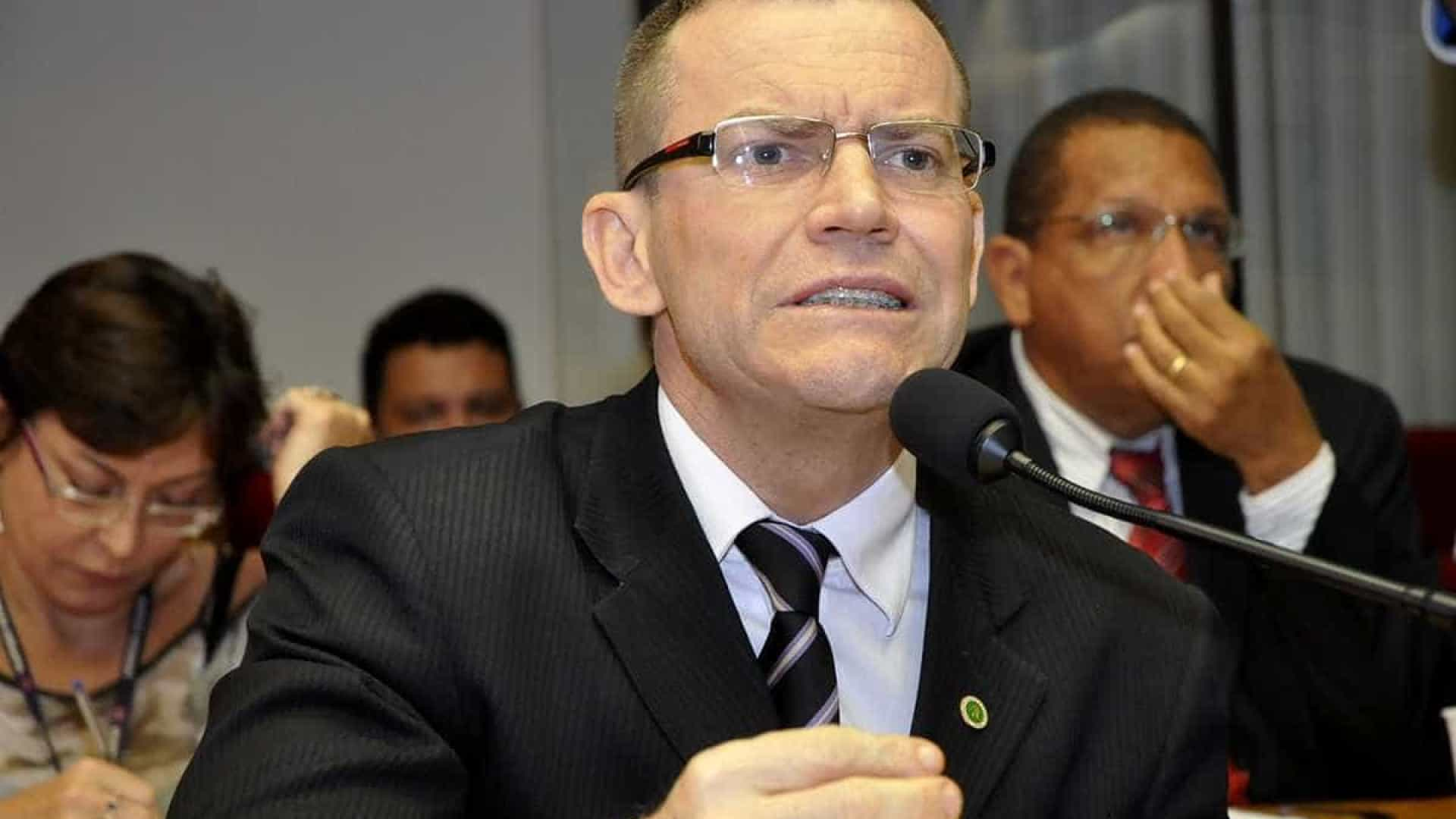 Espírito Santo elege primeiro senador gay e tira aliado de Bolsonaro