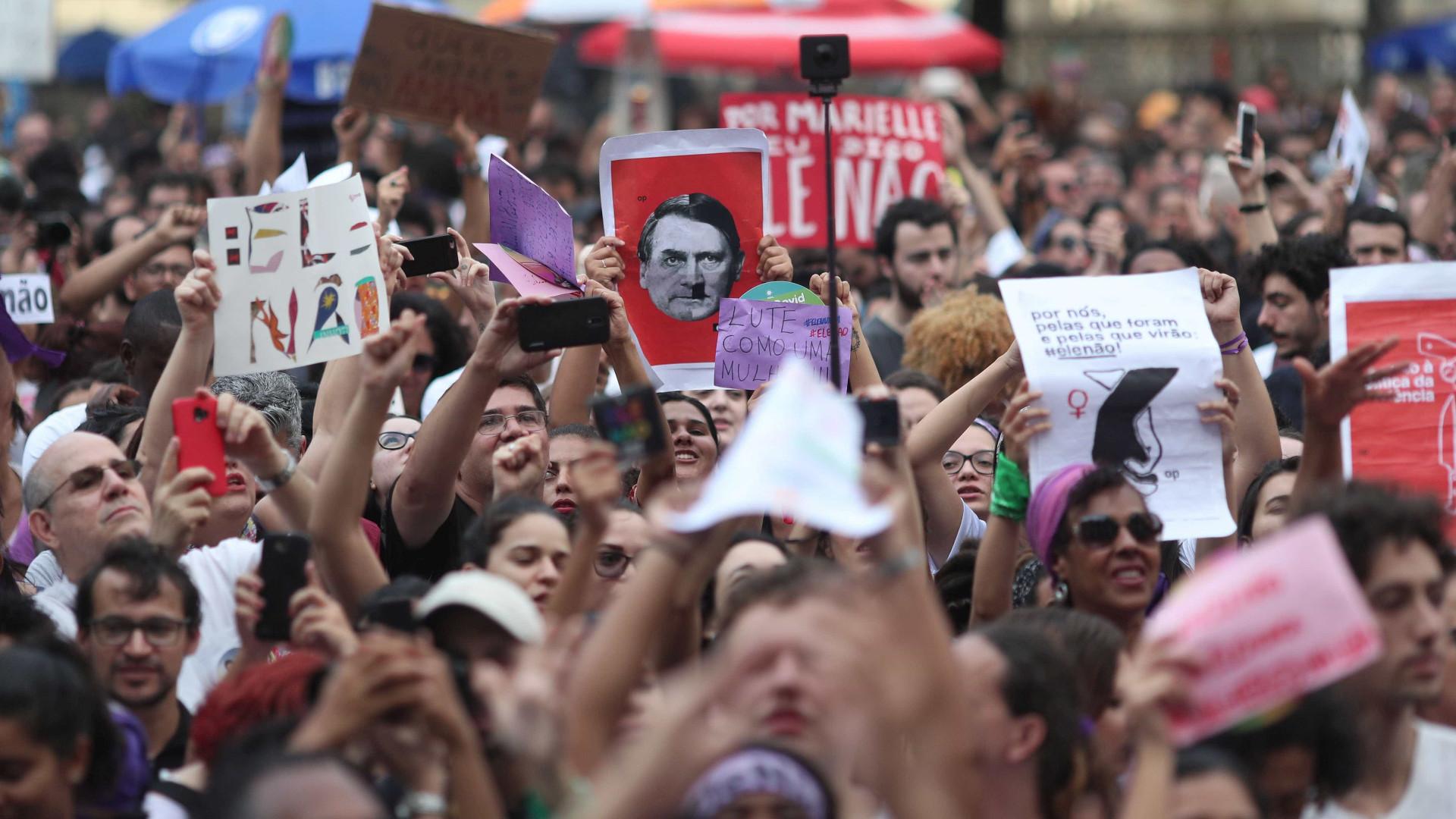 Imagens impressionantes mostram manifestação contra Bolsonaro em SP