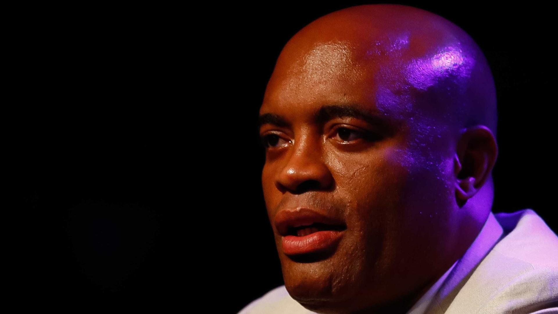 Anderson Silva fala para McGregor esquecer Khabib para lutar com ele