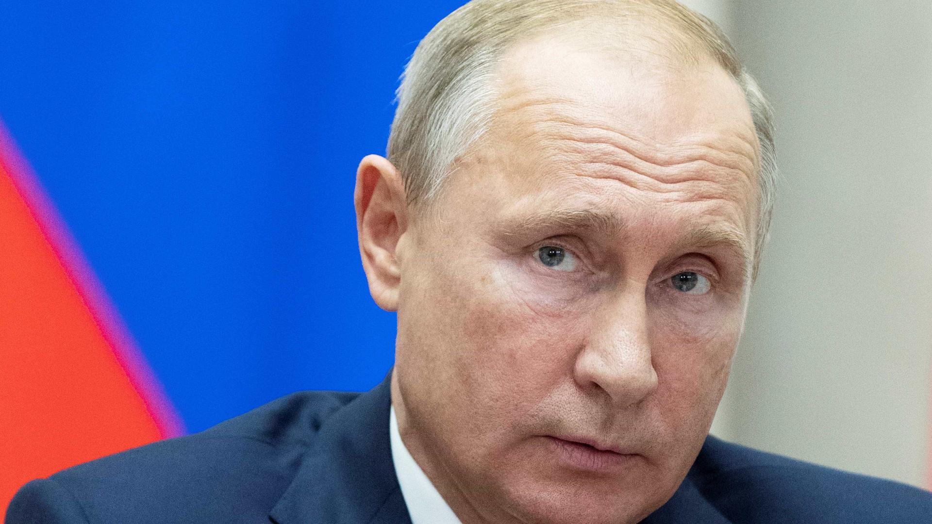 Rússia ameaça retaliações após Trump dizer que deixará tratado nuclear
