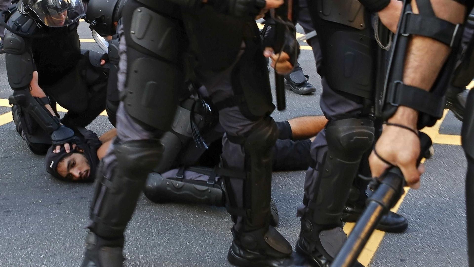 Polícia apura se valor apreendido em briga de PMs seria para caixa dois
