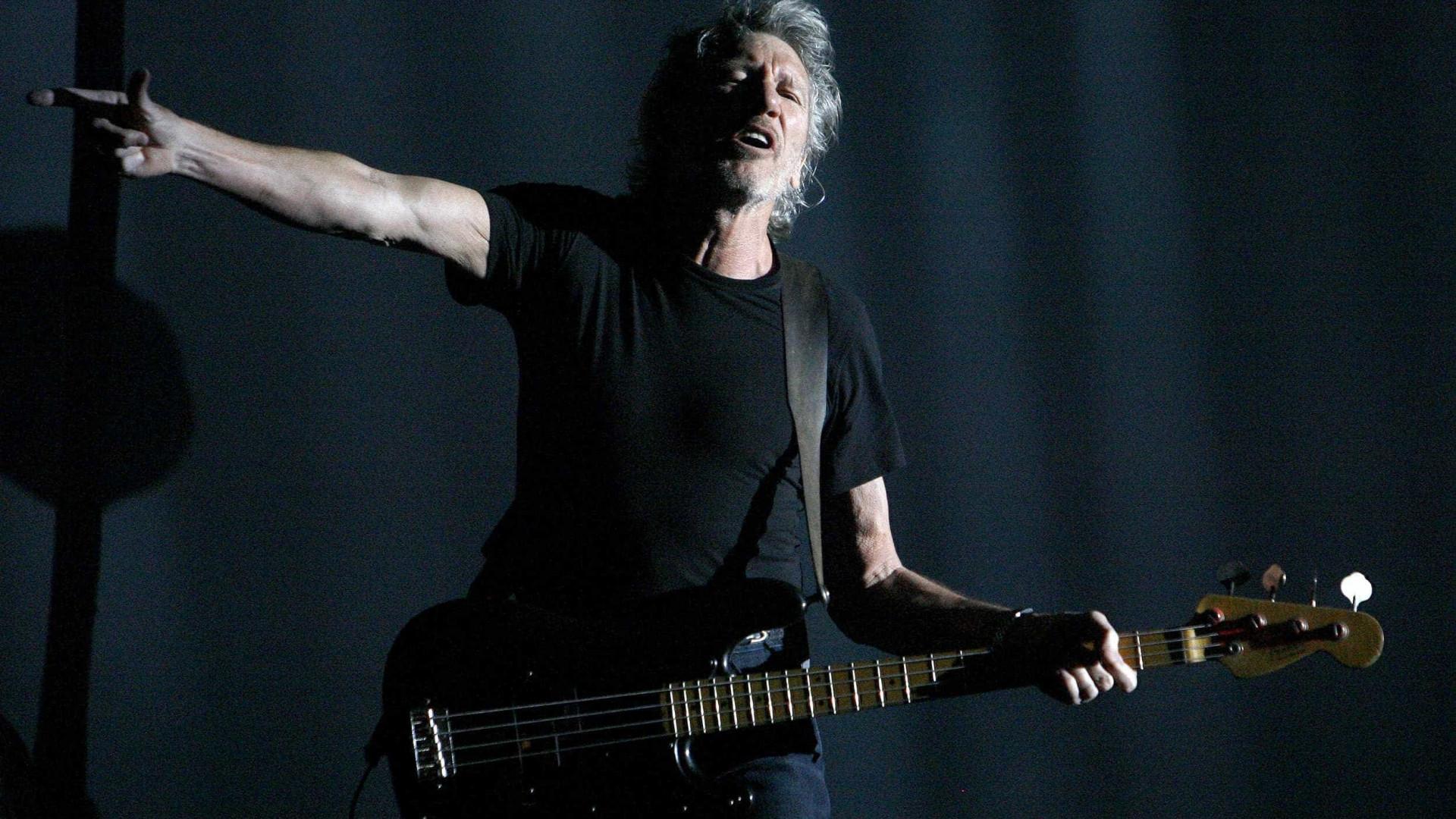 Roger Waters homenageia Marielle Franco em show no Rio