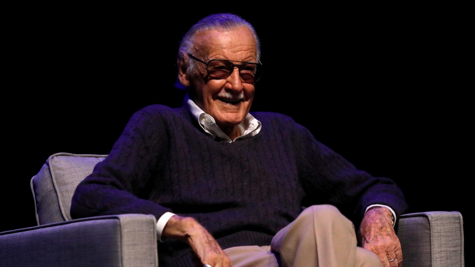 Stan Lee, um dos criadores da Marvel Comics, morre em Los Angeles