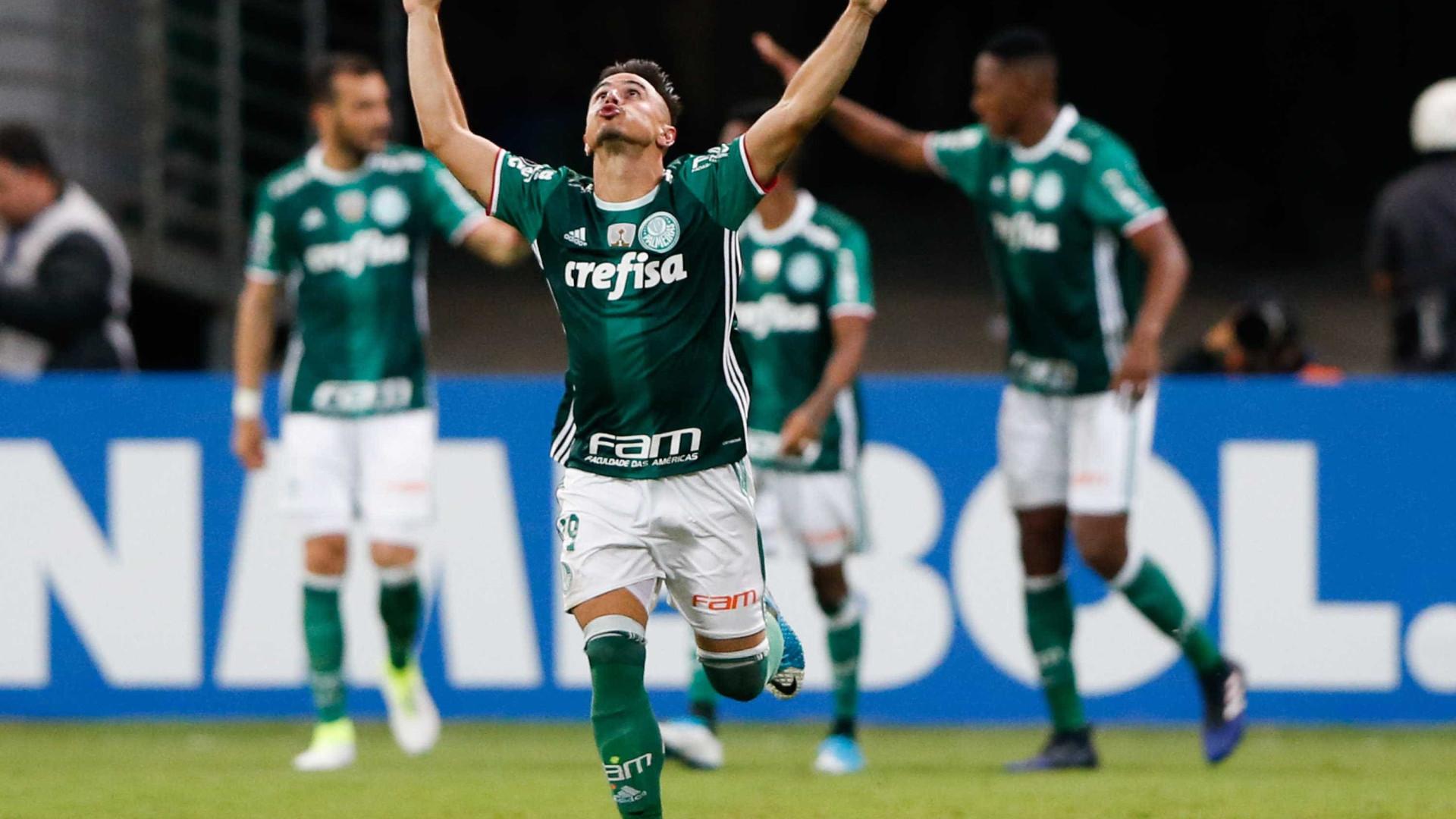 Palmeiras busca recorde de invencibilidade e se aproximar de título