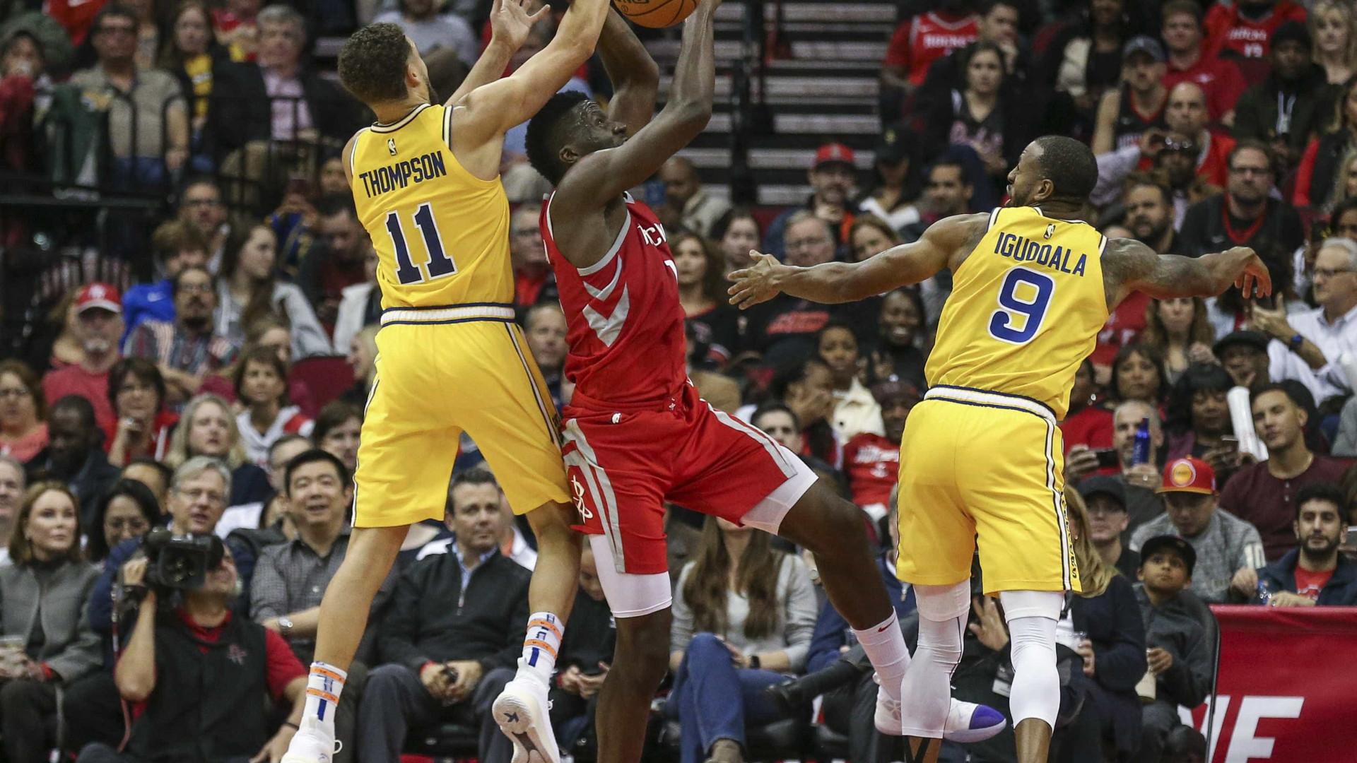 Sem Curry, Warriors perde do Rockets fora de casa na NBA