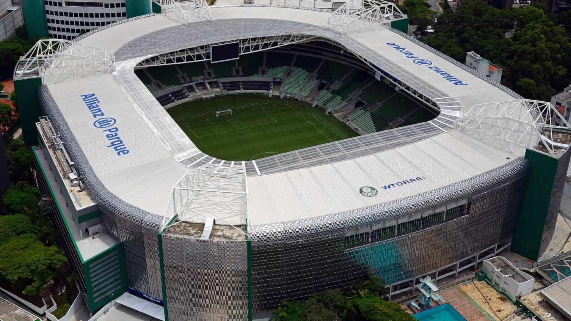Palmeiras pagou shows, pizzas a conselheiros e faixas de campeão