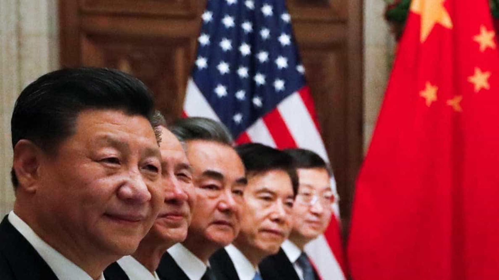 China faz mistério sobre acordos comerciais divulgados pelos EUA