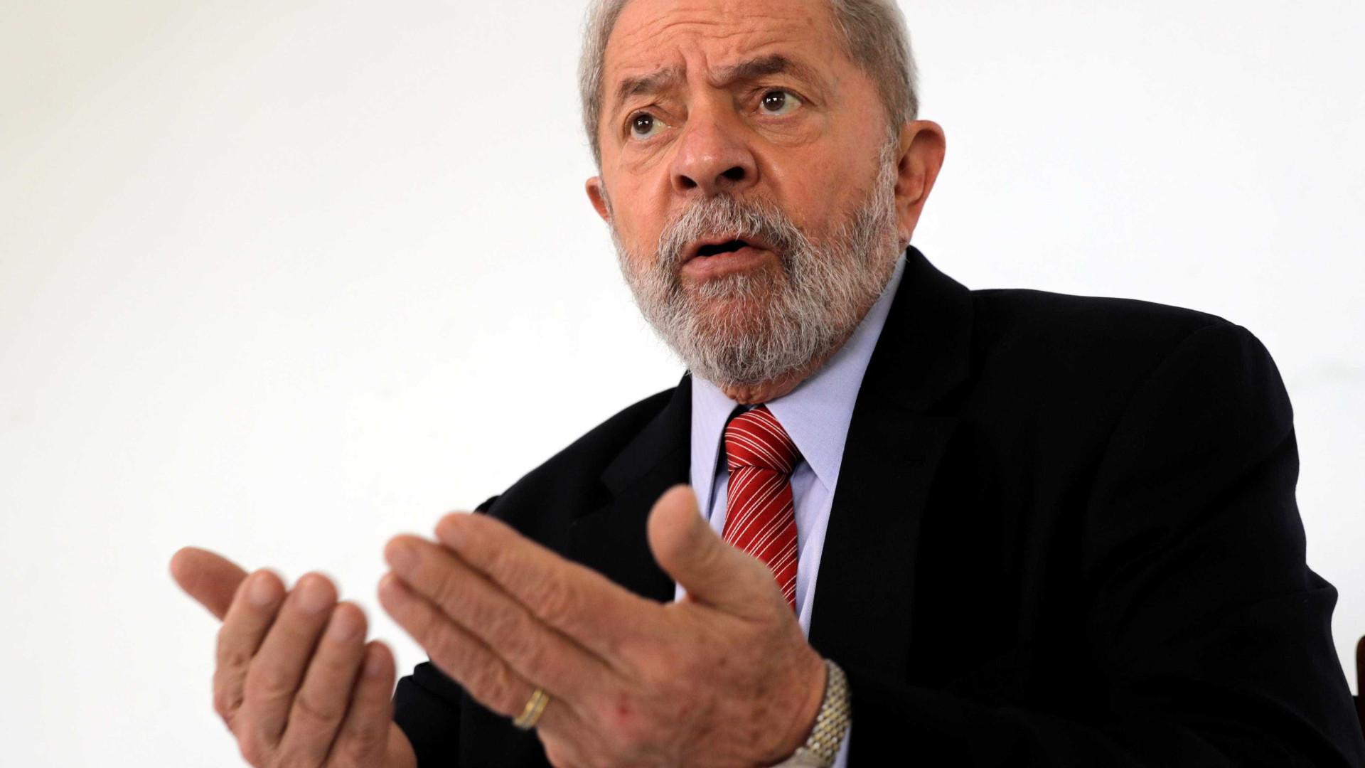 Após cerca de três horas, termina depoimento de Lula