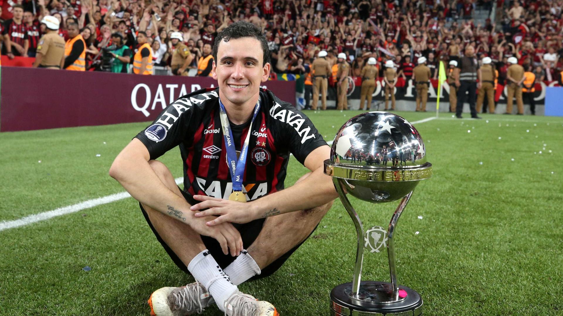 São Paulo anuncia contratação de Pablo, do Athletico-PR