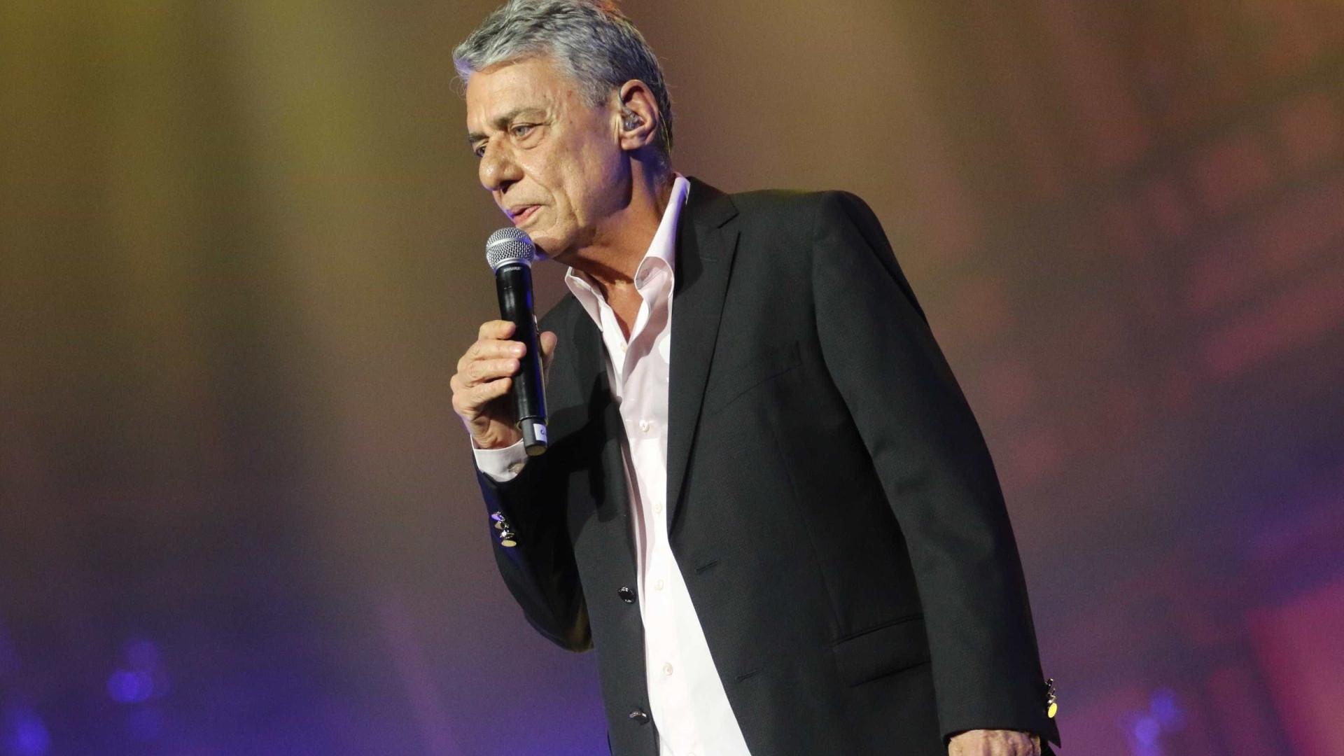 Chico Buarque e Zeca Baleiro cantam em disco sobre a cidade de Santos