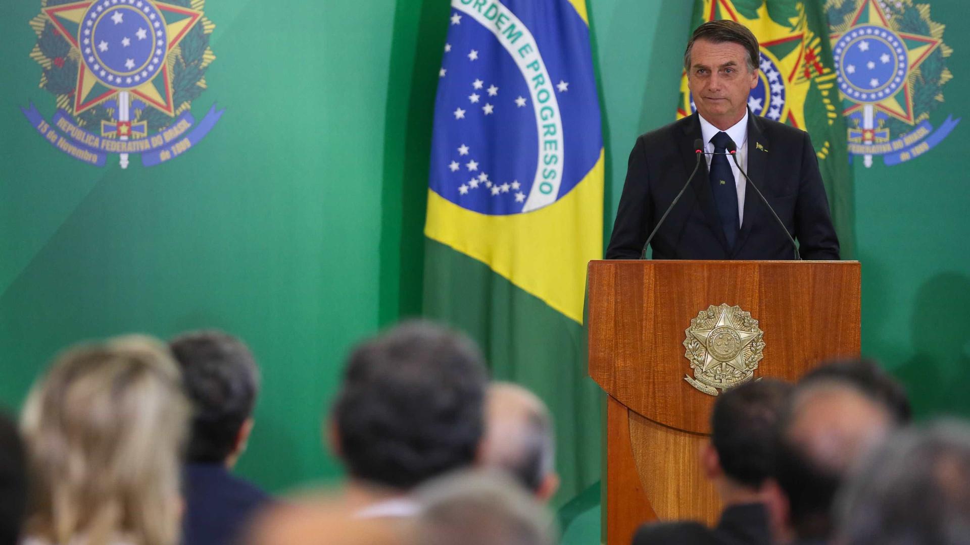 Ibama anula multa de Bolsonaro e processo volta à estaca zero