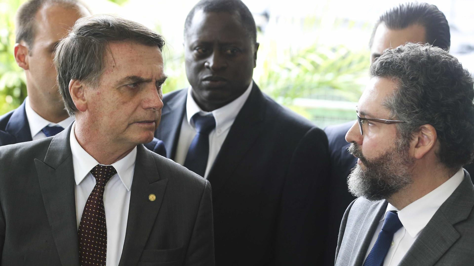 Presidente da Apex nega ter pedido demissão e gera crise no governo