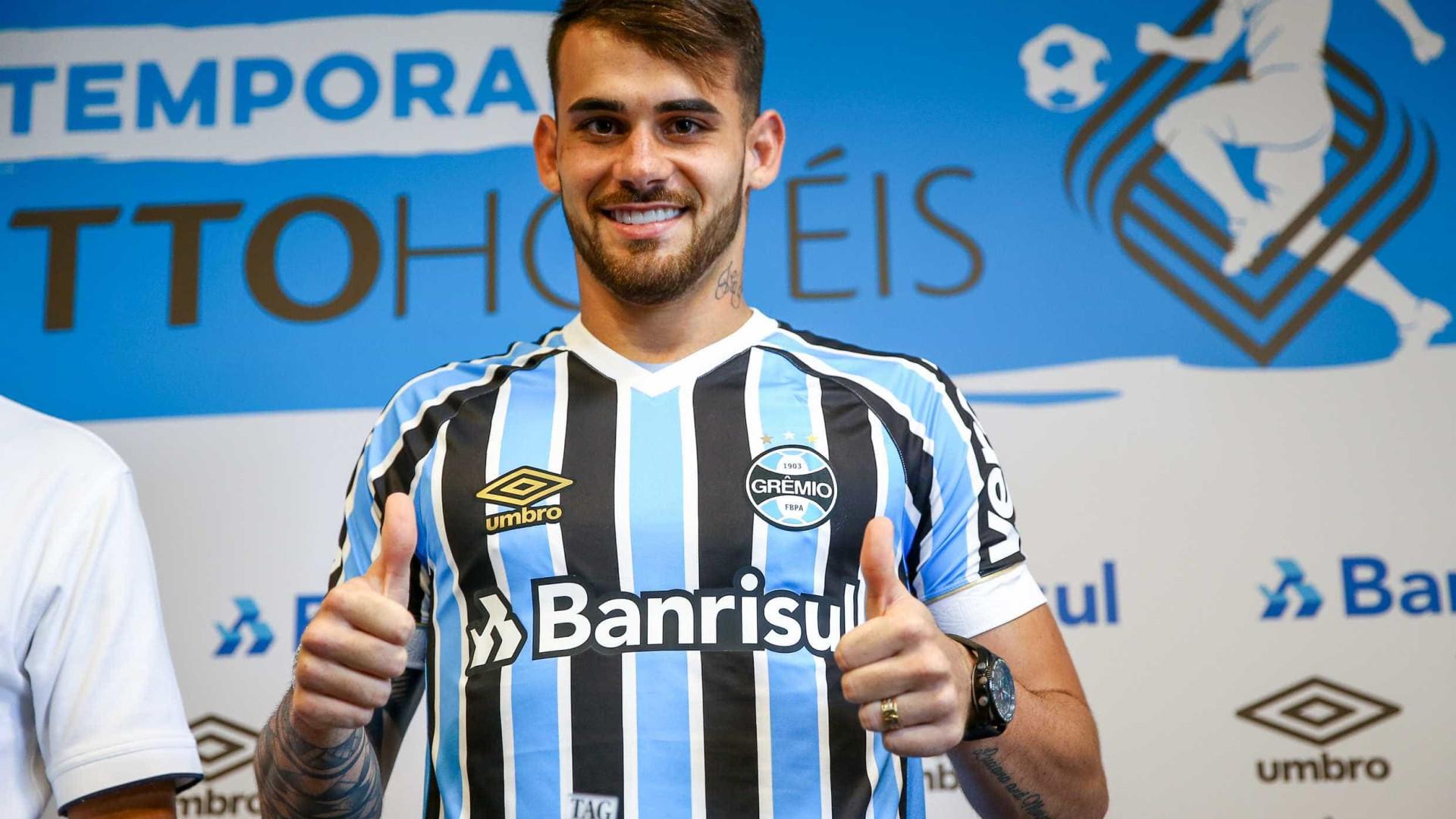 Vizeu elogia Renato e diz que insistiu por liberação ao Grêmio