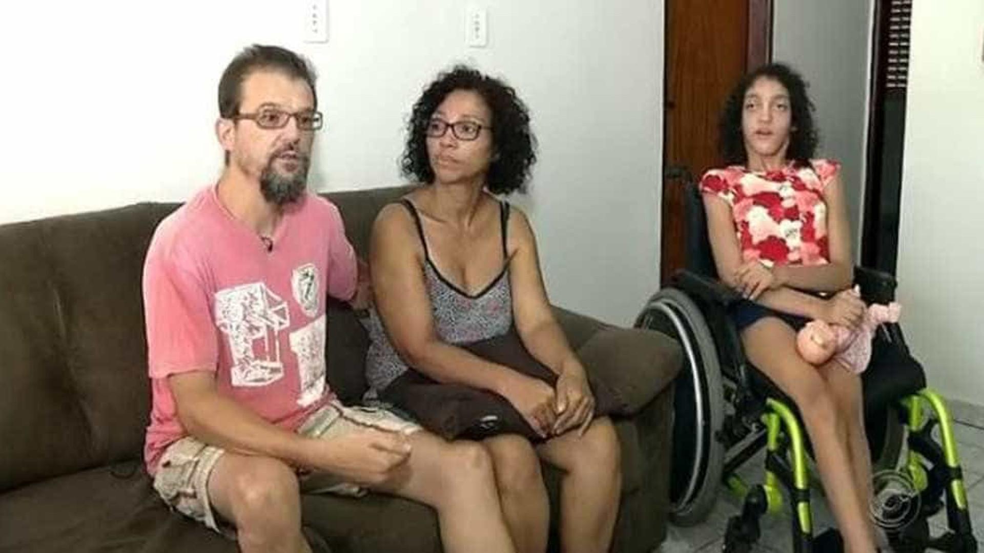 Família faz vaquinha para tratamento de menina com doença raríssima