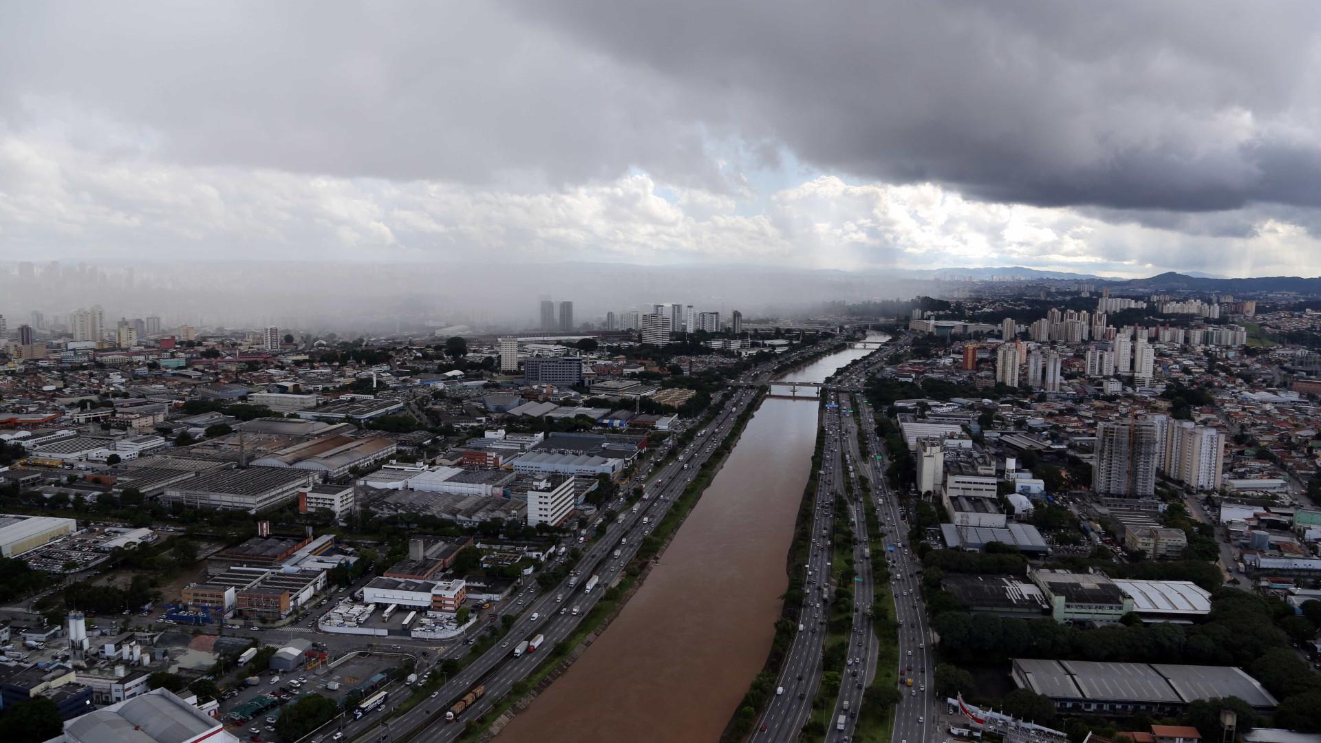 Semana terá calor e pancadas de chuva na capital paulista