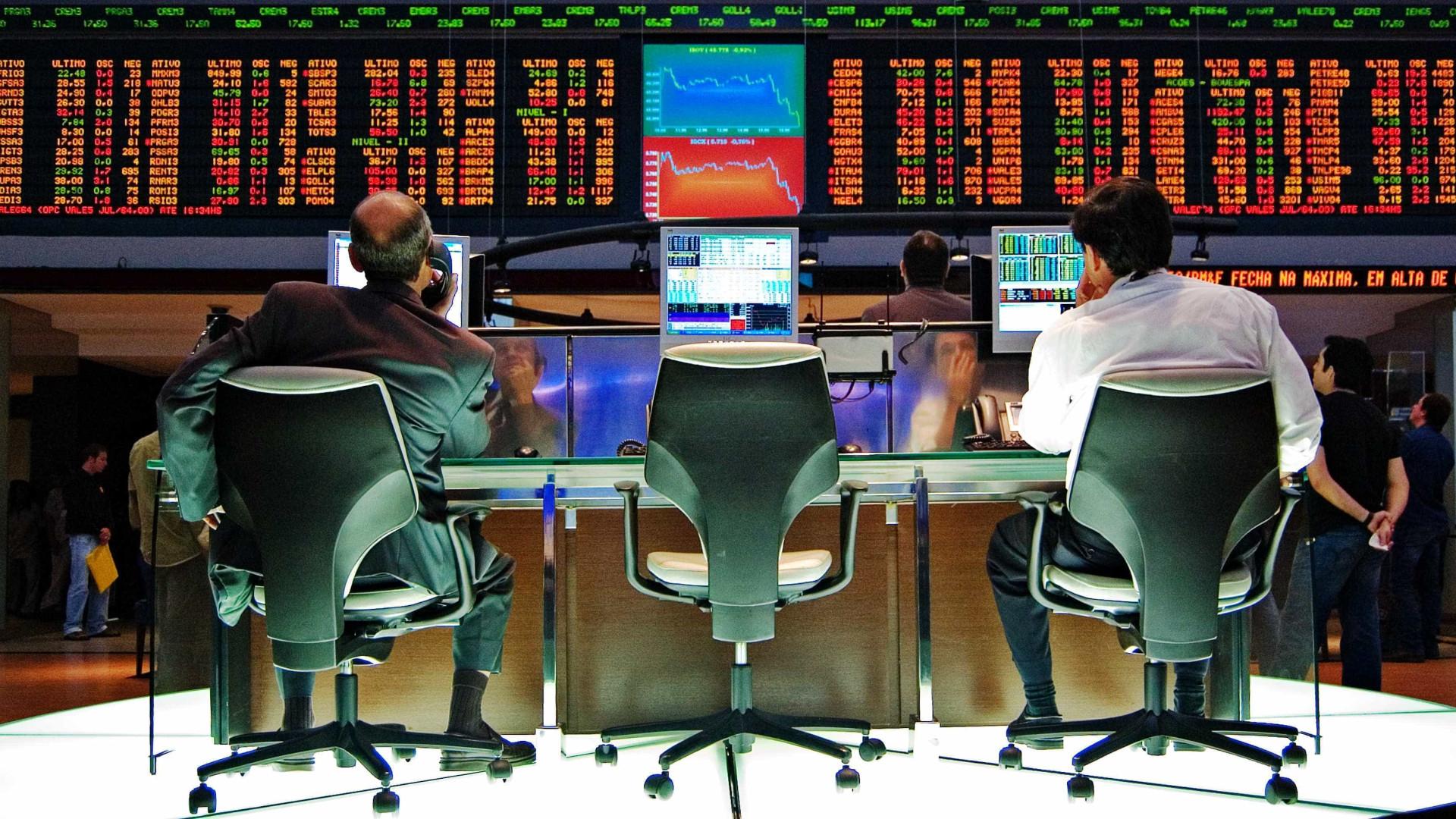 Bolsas mundiais terminam semana com perdas