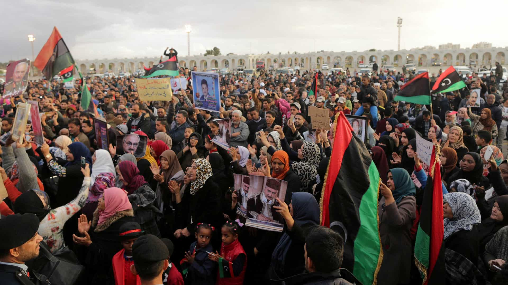 Um país com 2 presidentes: Venezuela e Líbia vivem a mesma situação