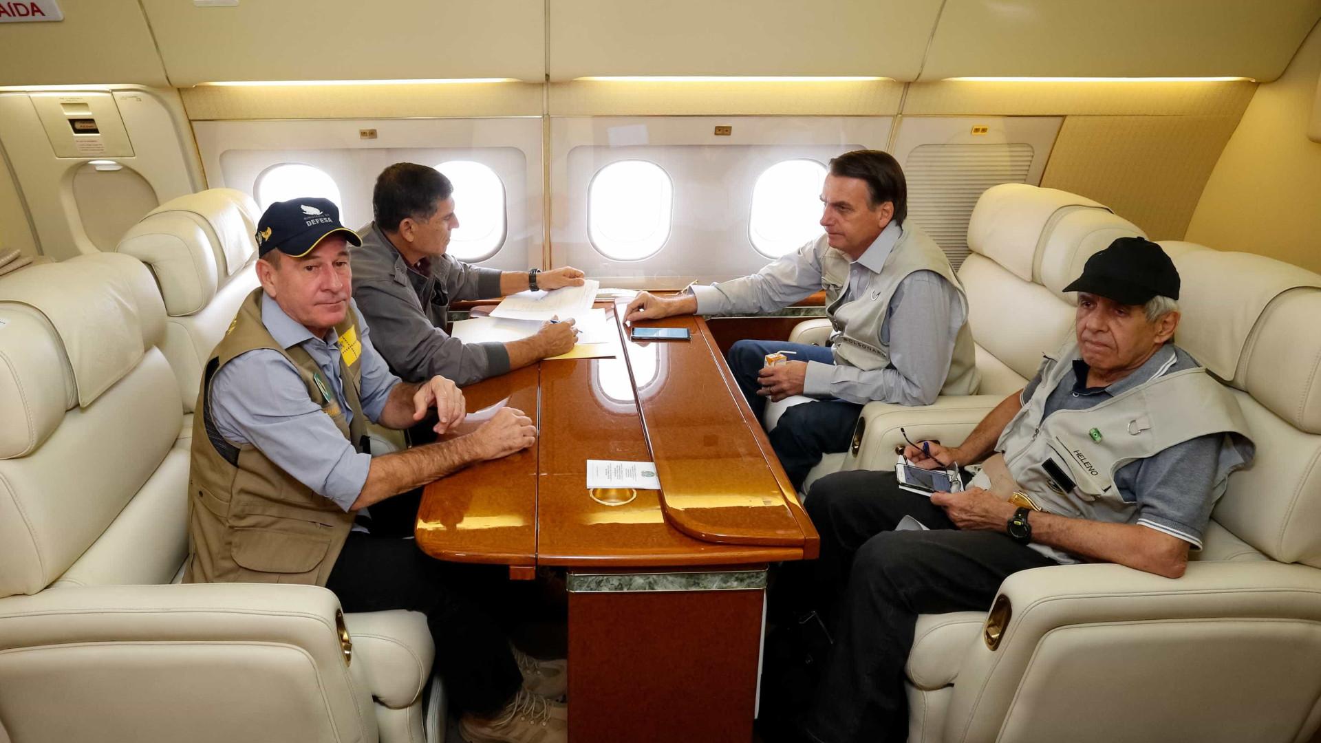 Em silêncio, Bolsonaro volta a Brasília após sobrevoar Brumadinho