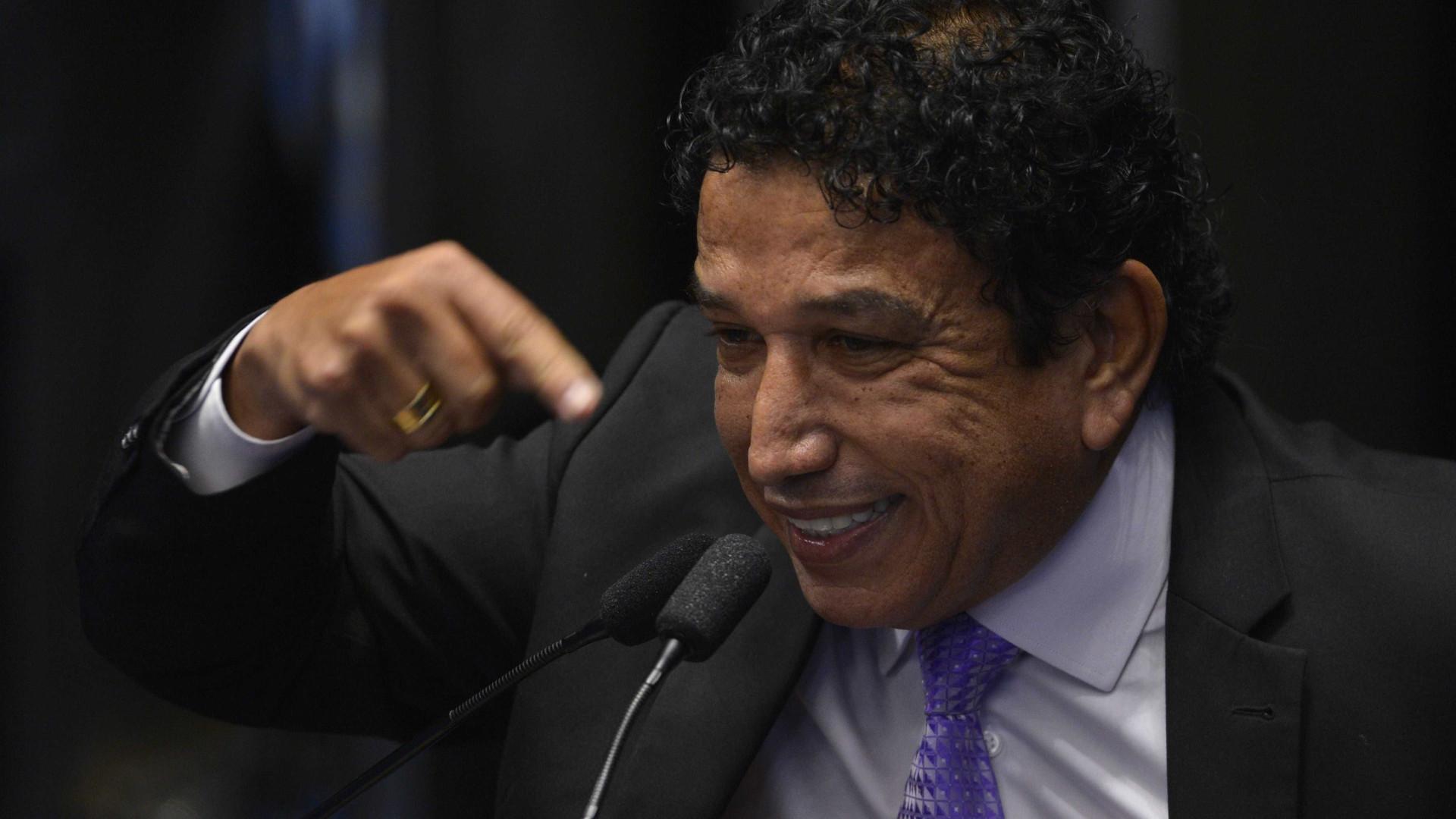 Renegado por Bolsonaro, Magno Malta manda recado a Alcolumbre