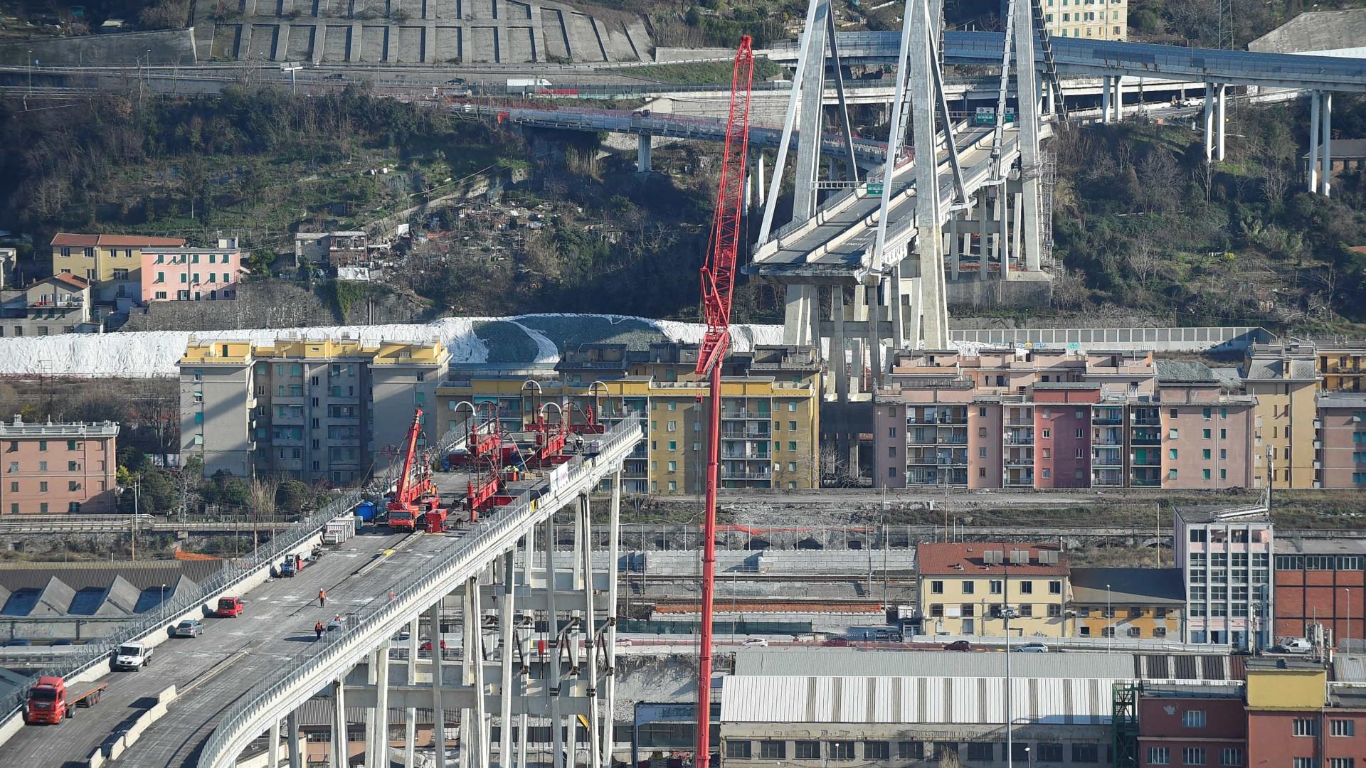 6 meses após queda, começa demolição de ponte em Gênova