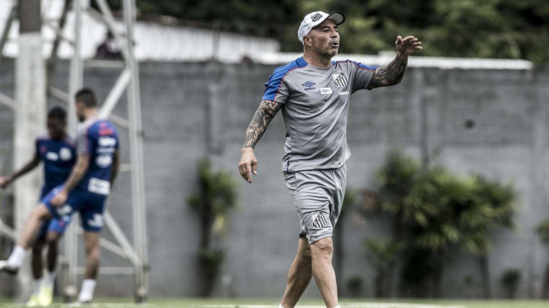 Dois técnicos devem começar o Brasileirão sem licença exigida pela CBF