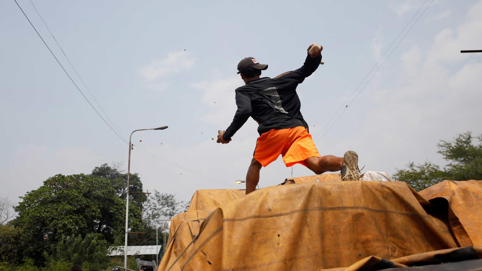 Confrontos na fronteira entre Brasil e Venezuela deixam quatro mortos