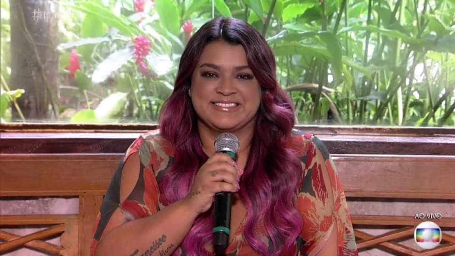 'Sou uma senhora de idade', brinca Preta Gil ao pintar o cabelo de rosa