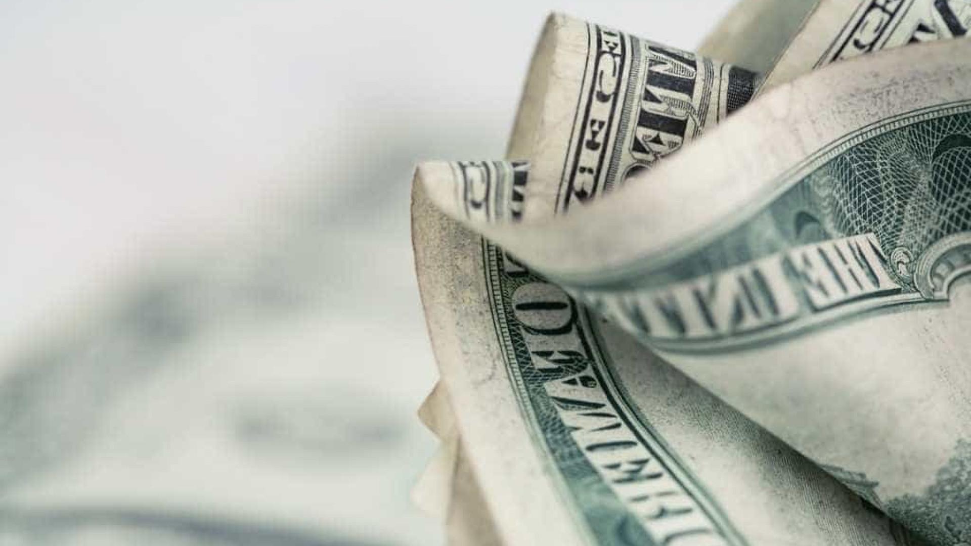 Mercado mantém expectativa de inflação em 4,01% e dólar a R$ 3,80