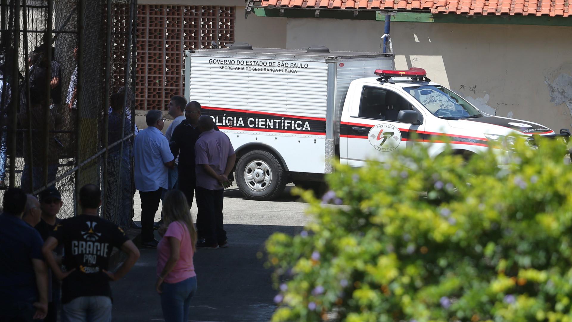 'Achei que fosse bombinha', diz aluna que estava em escola atacada