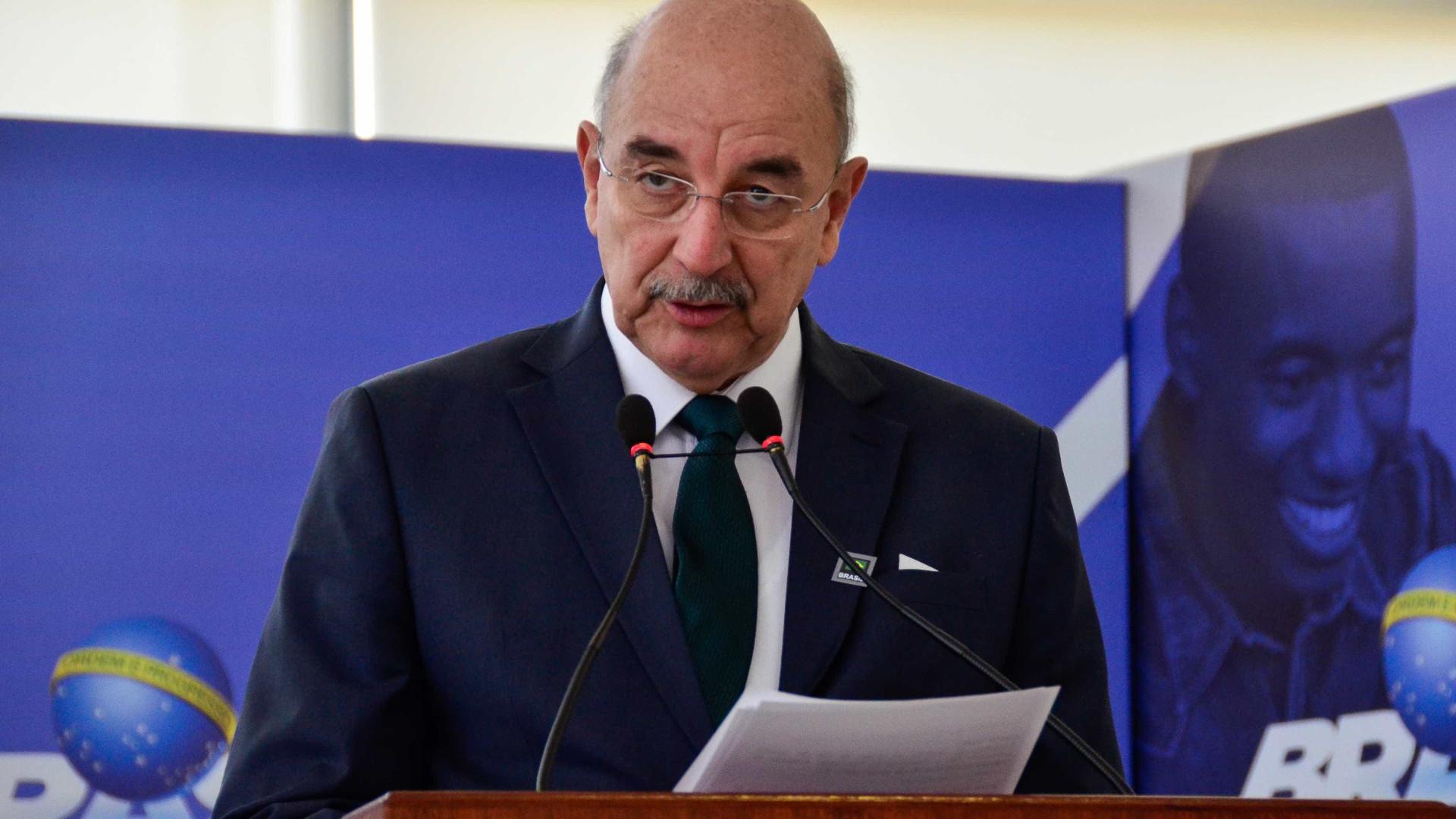'Drogas ou transtorno mental', diz ministro sobre autores de ataque
