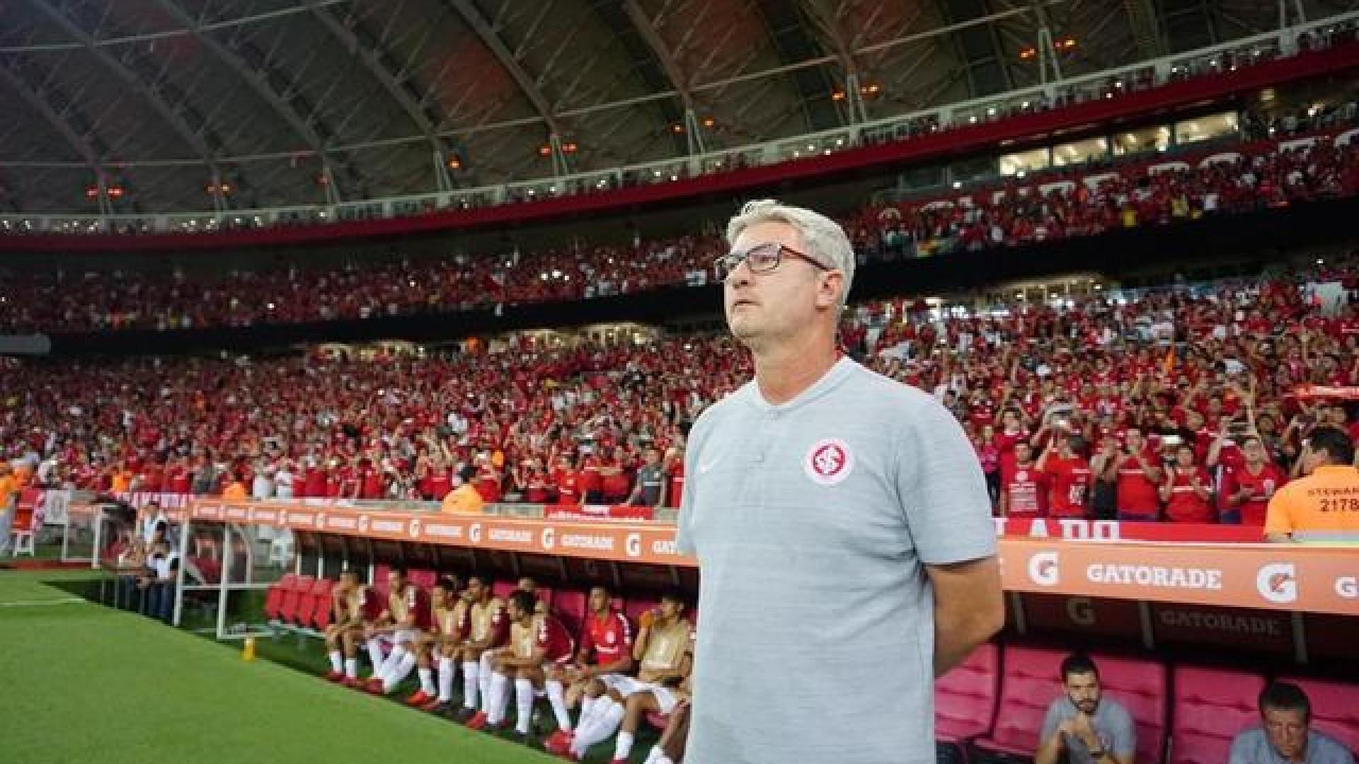 Grêmio e Inter mantêm dúvidas e escondem indícios de time para clássico