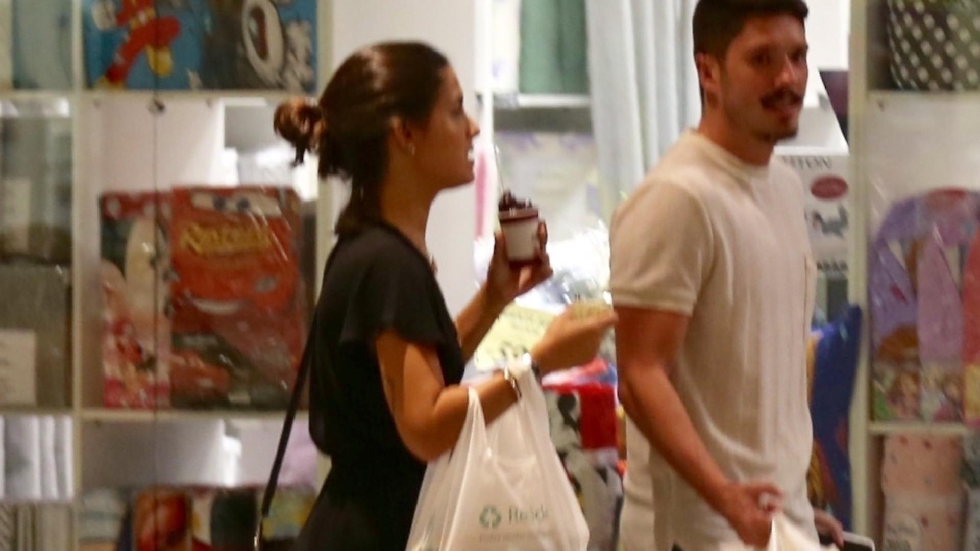 Ex-namorado de Anitta é visto em público pela primeira vez após término