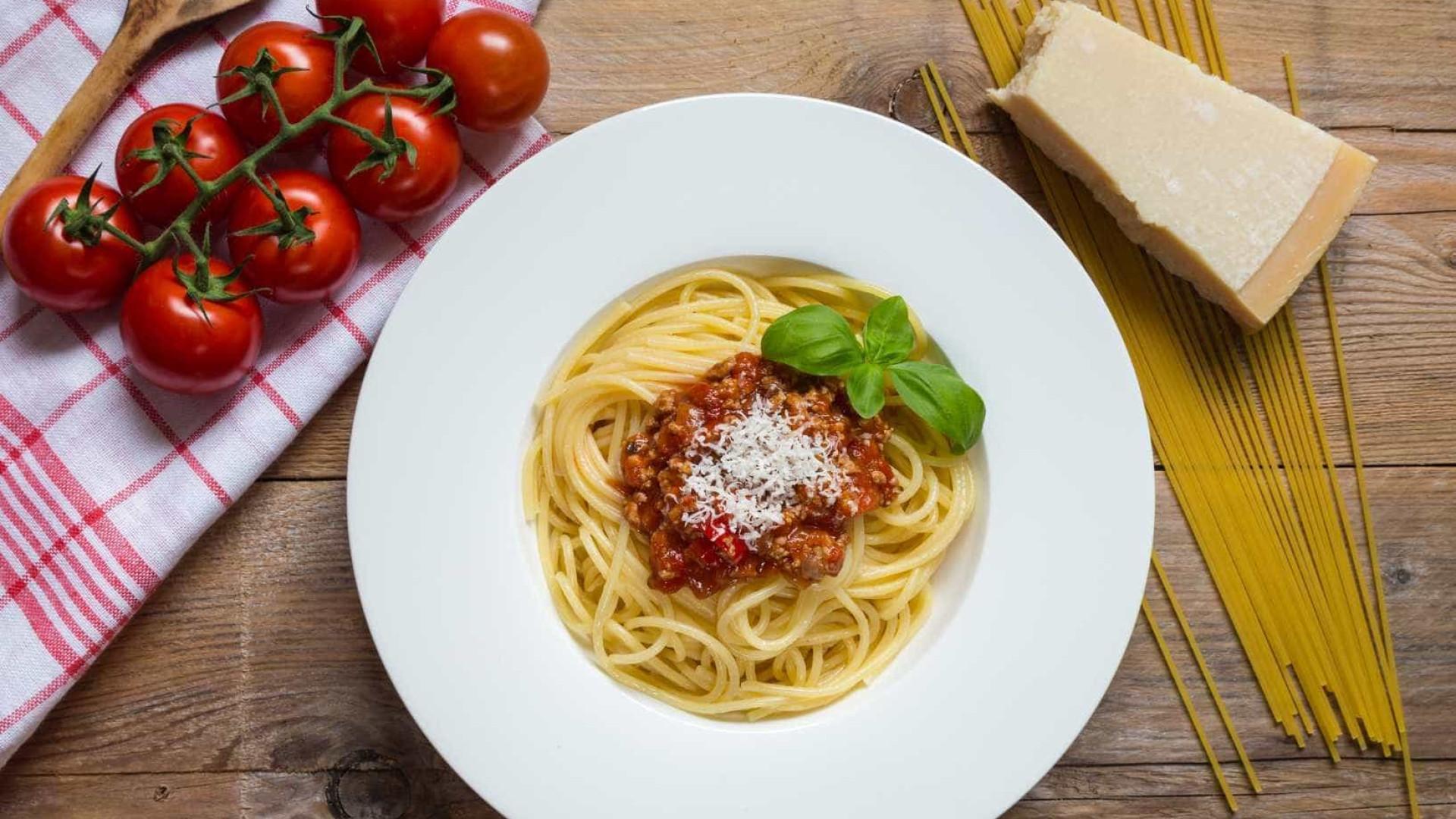 Prefeito de Bolonha lança 'guerra' ao espaguete à bolonhesa