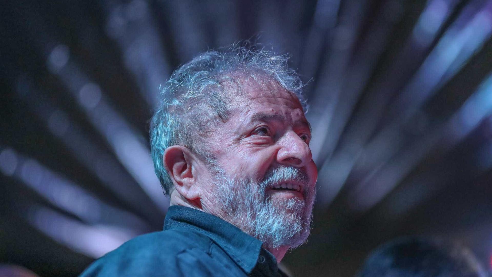 Neto do ex-presidente Lula morre aos 7 anos de idade em SP