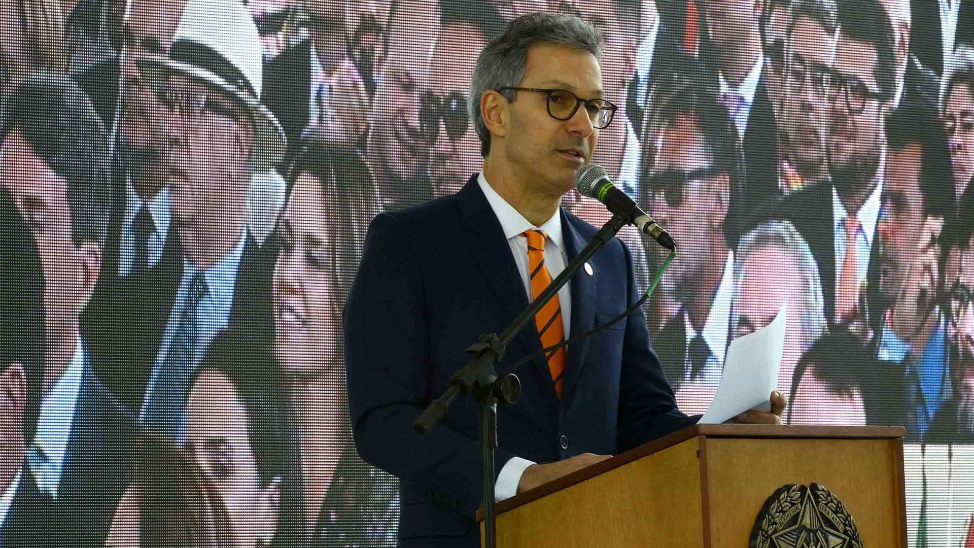 Governador de MG teve cidadania italiana cassada por fraude