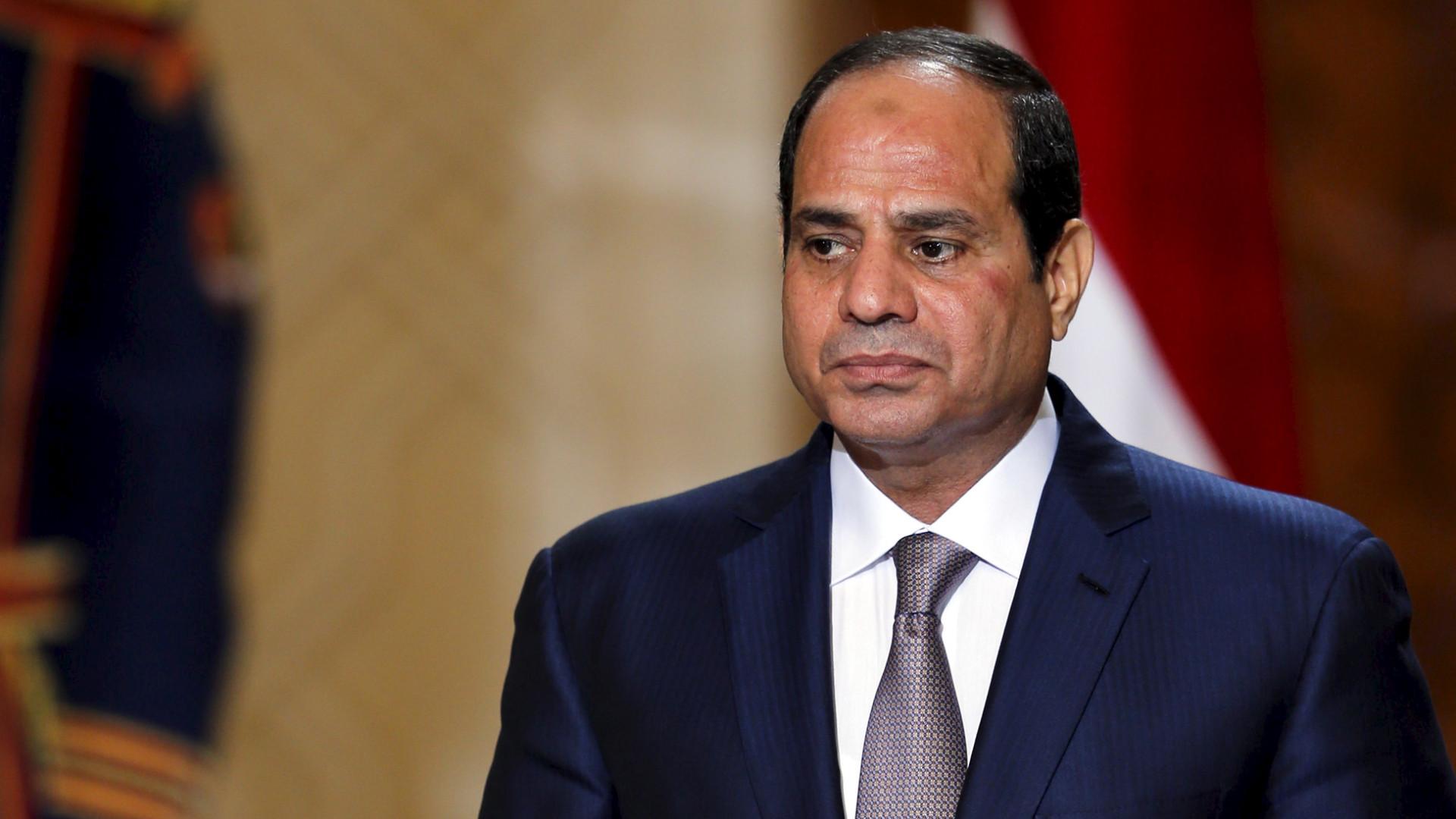 Egito aprova mudança que amplia mandato do atual presidente