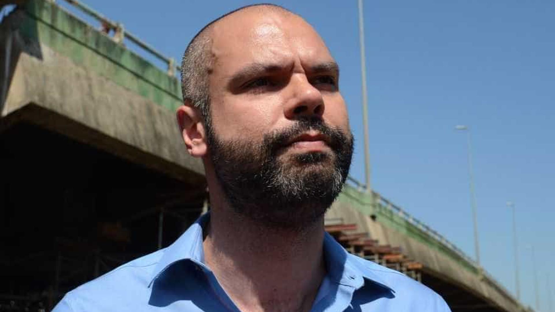 Bruno Covas ameaça sair do PSDB se Aécio Neves ficar no partido