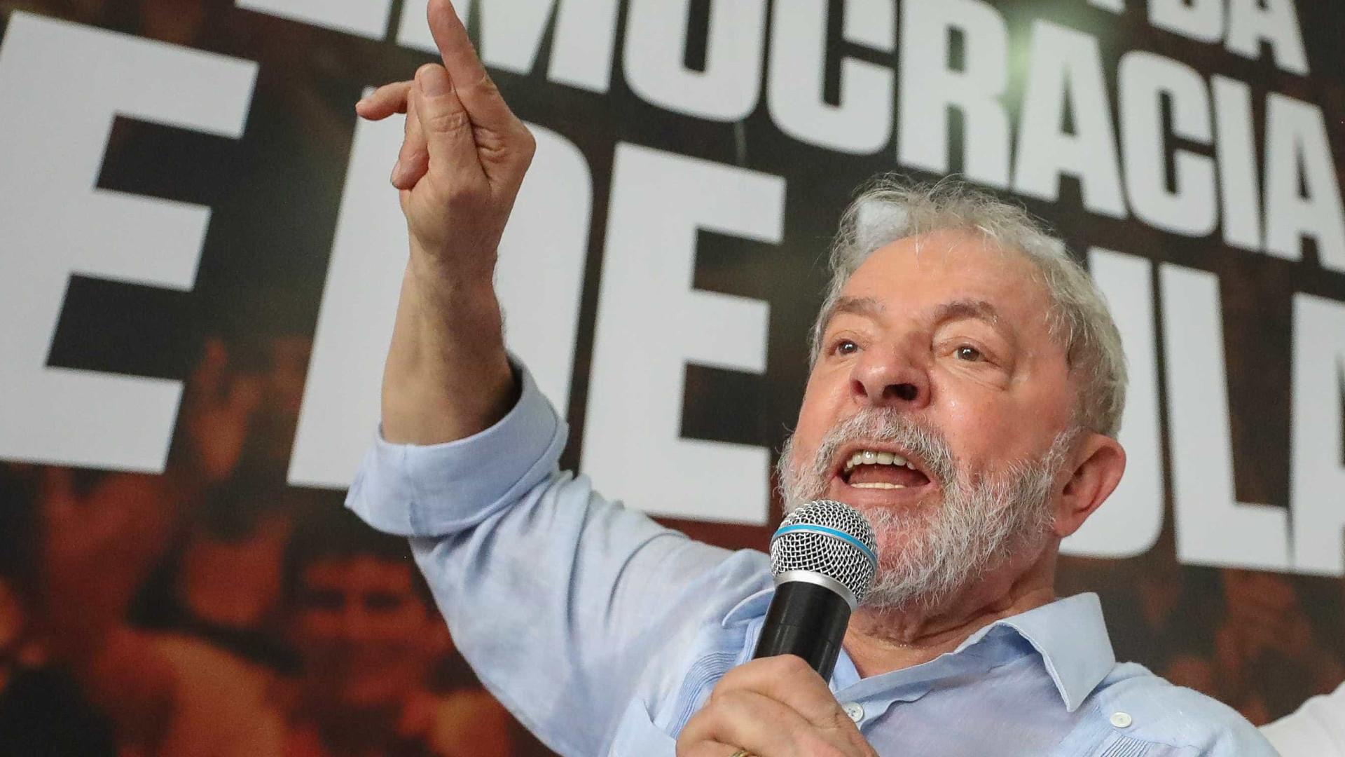 Hostilidade à imprensa aproxima Bolsonaro e Lula