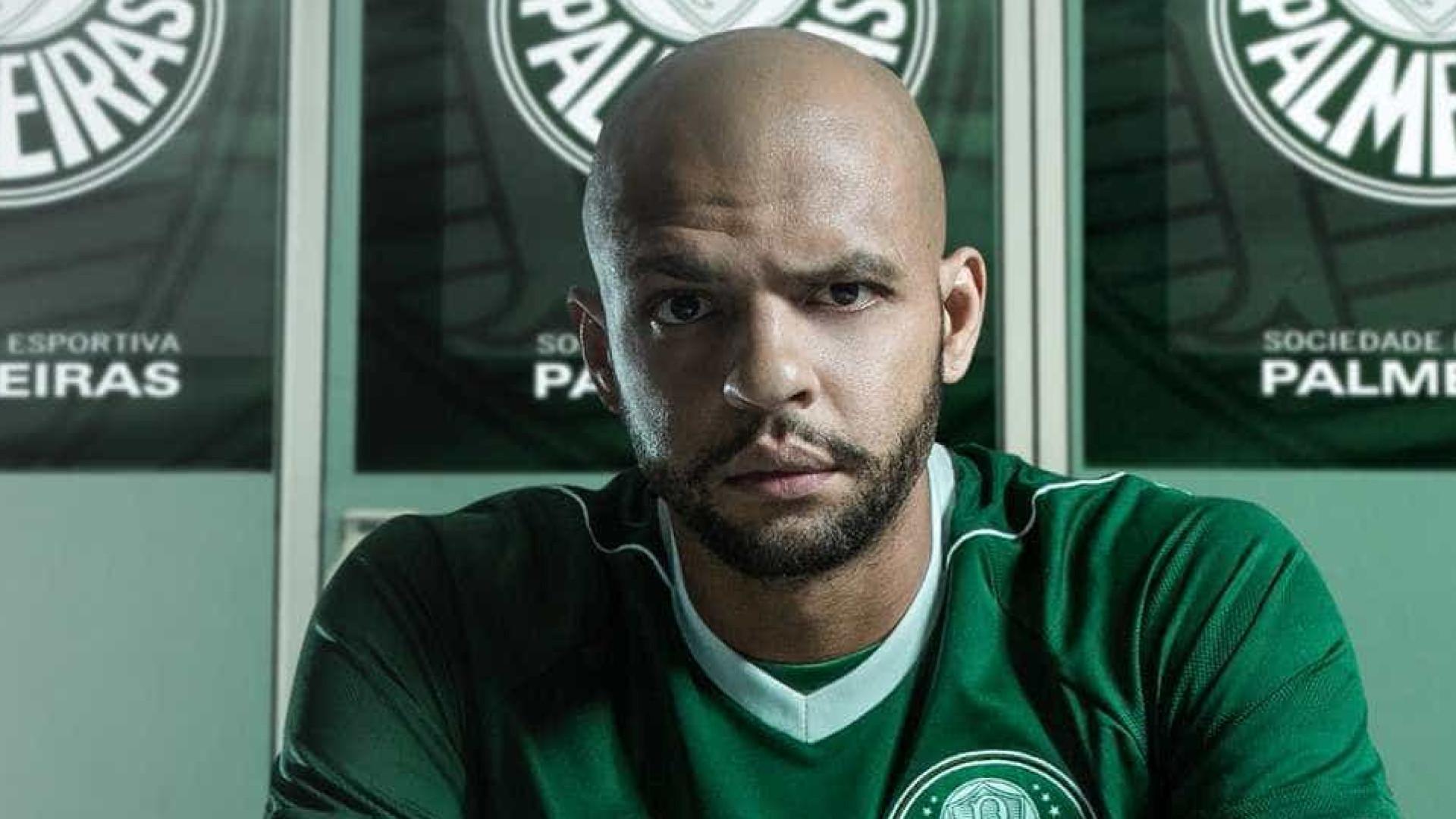 Palmeira: STJD suspende Felipe Melo por 4 jogos