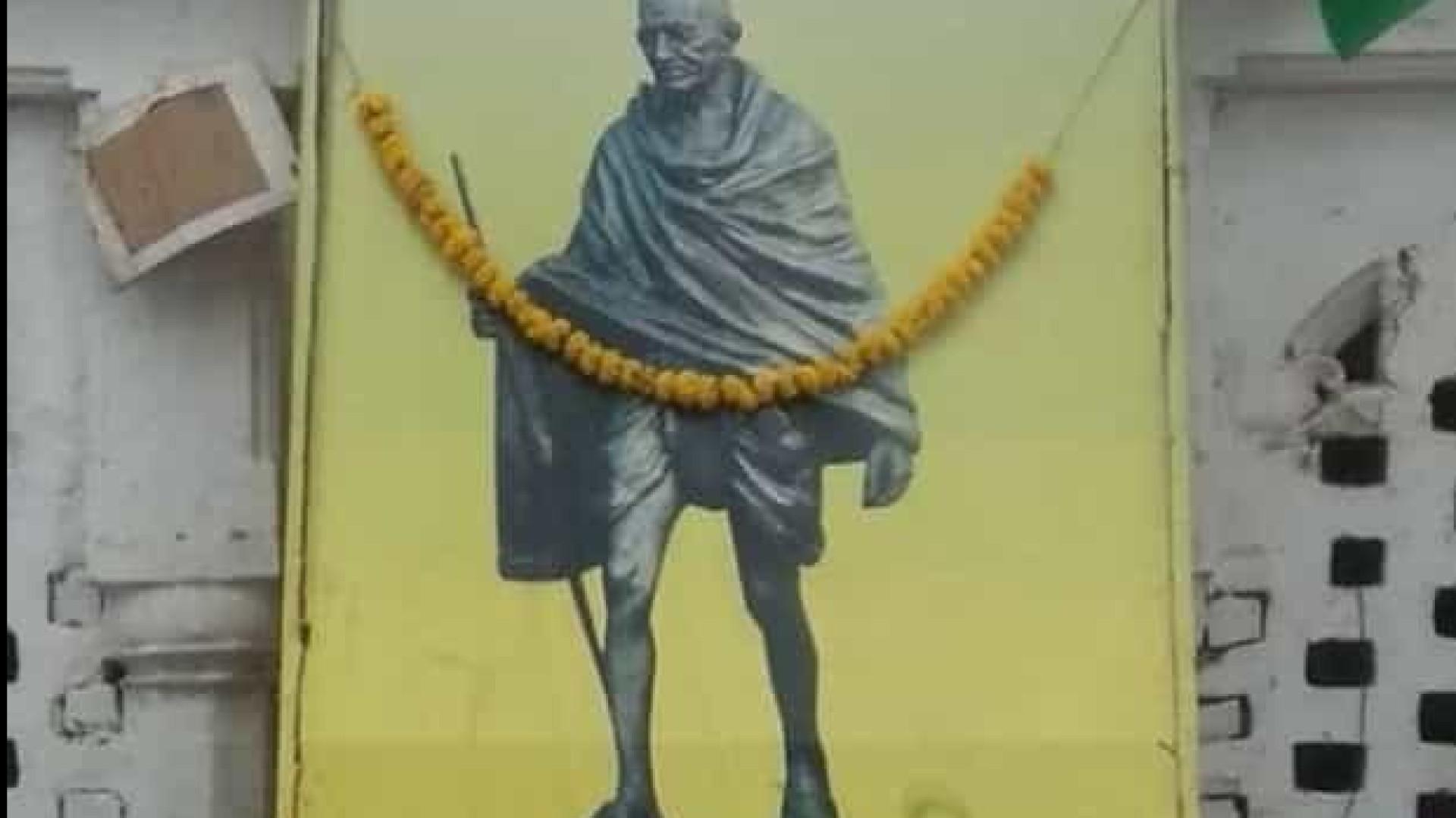 Cinzas de Gandhi roubadas no dia do seu 150.º aniversário