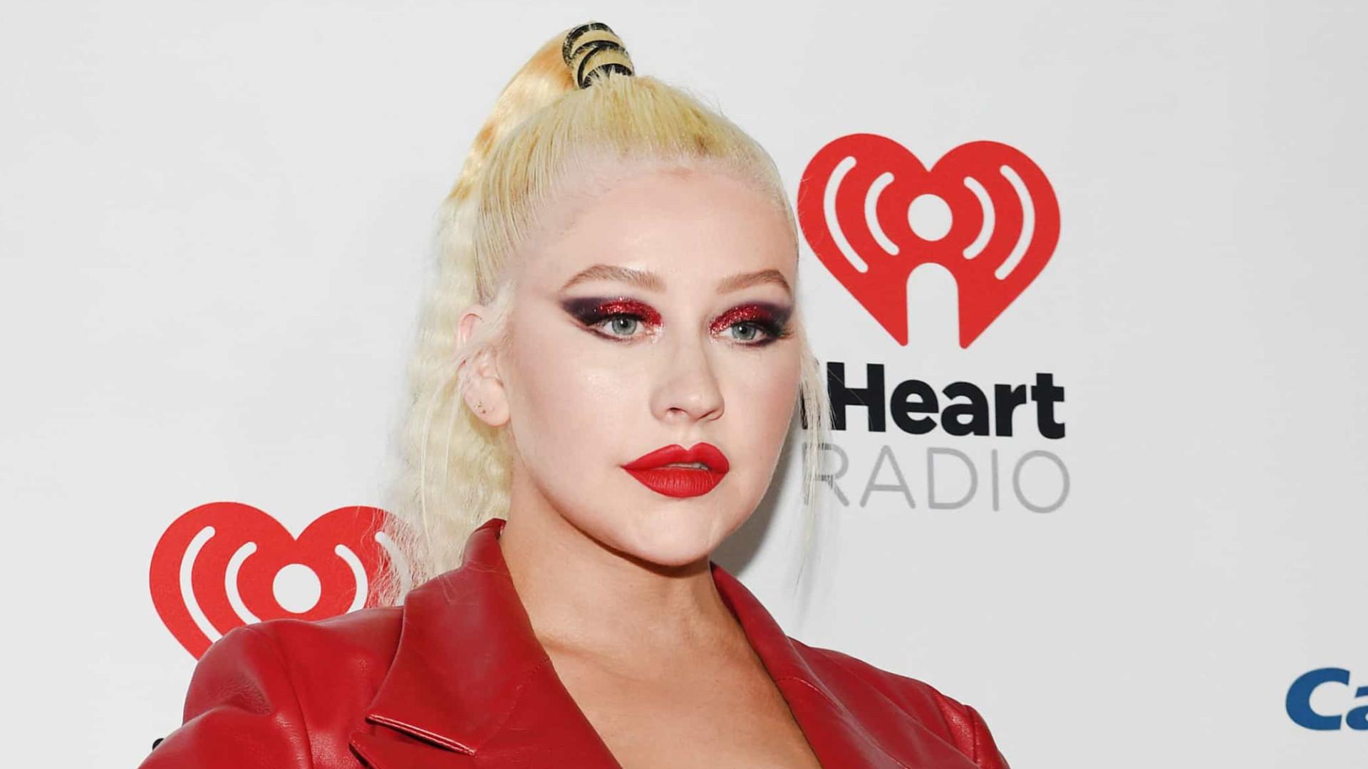 """Christina Aguilera sobre violência doméstica: """"É nojento"""""""